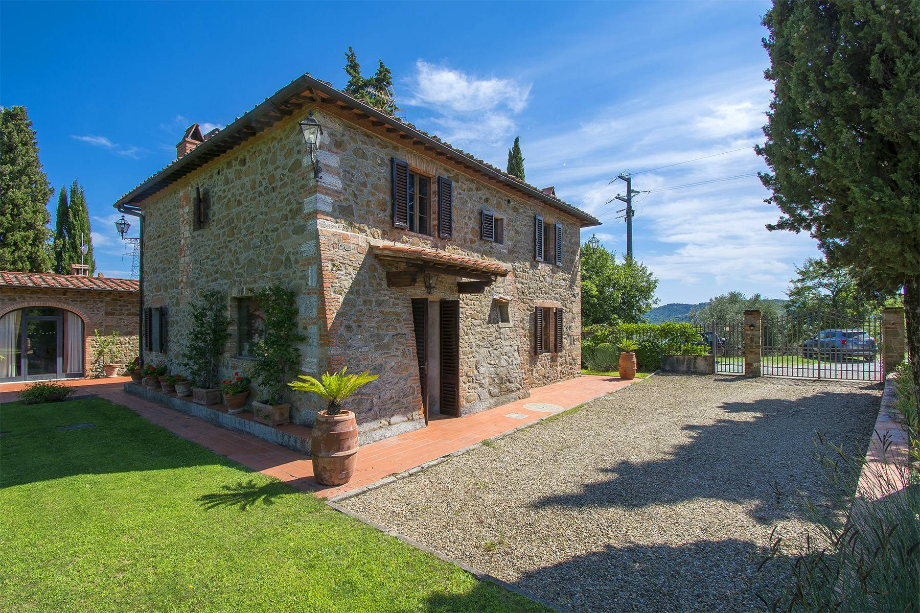 House in the Tuscan Hills for Sale - 4