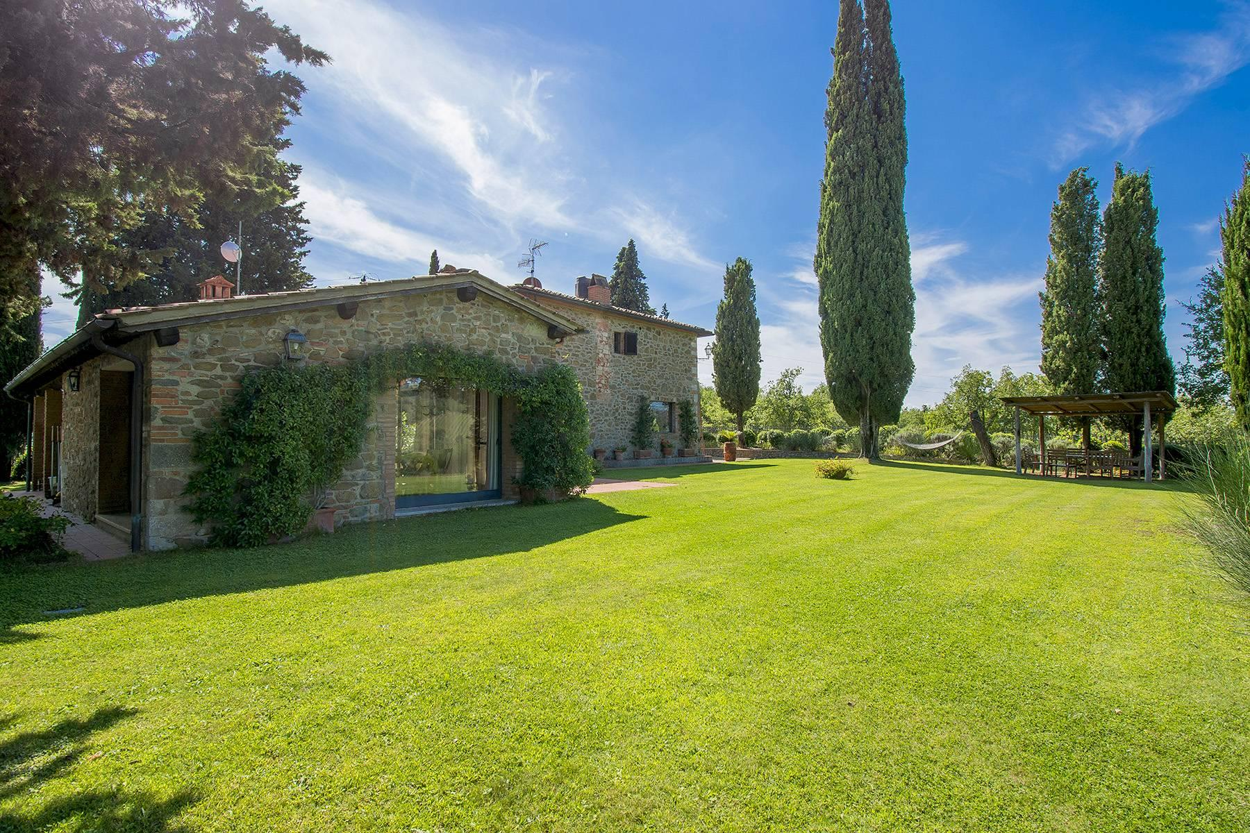 Rustic House in the Tuscan Hills for Sale - 21