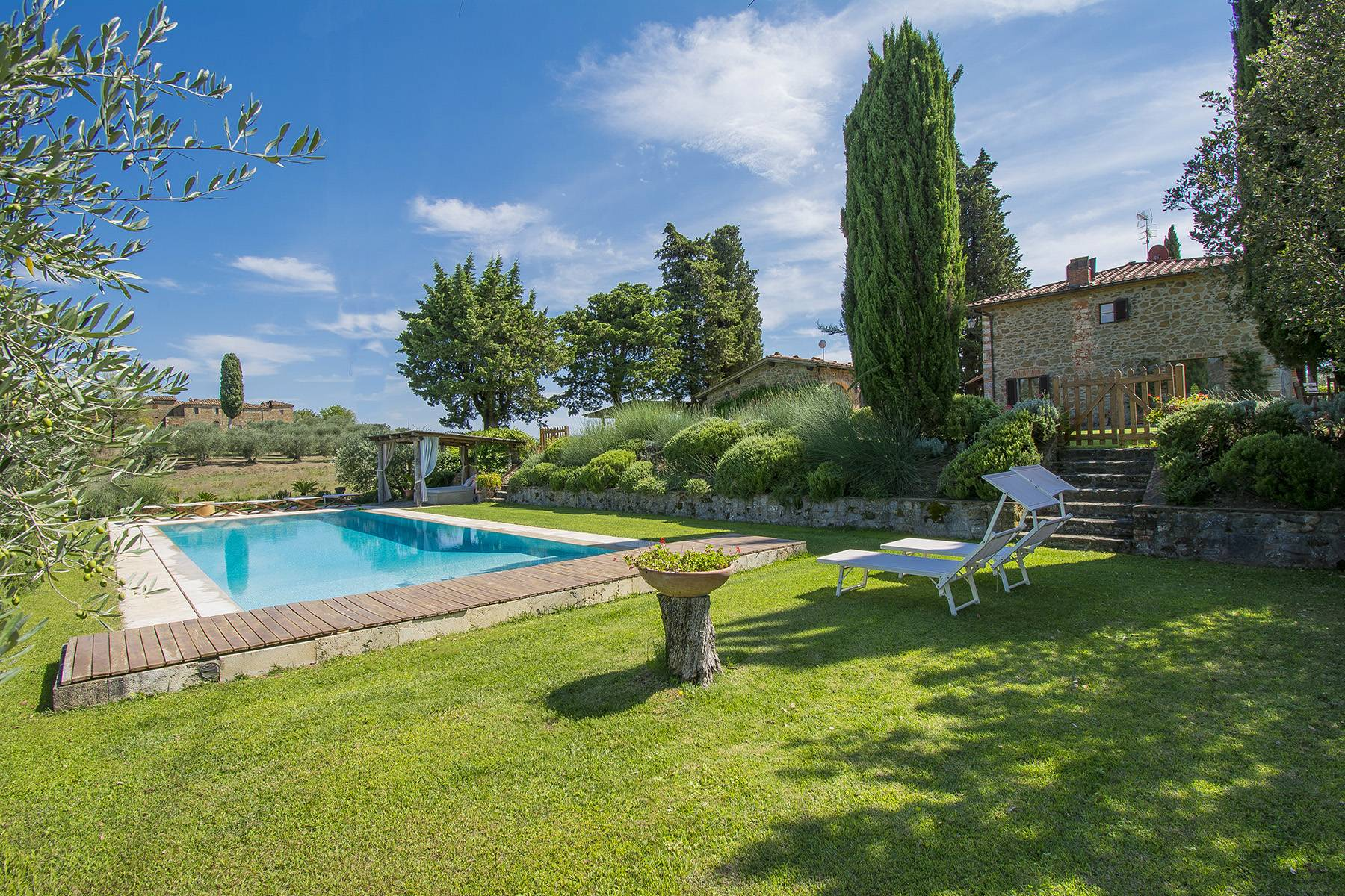 Rustic House in the Tuscan Hills for Sale - 2