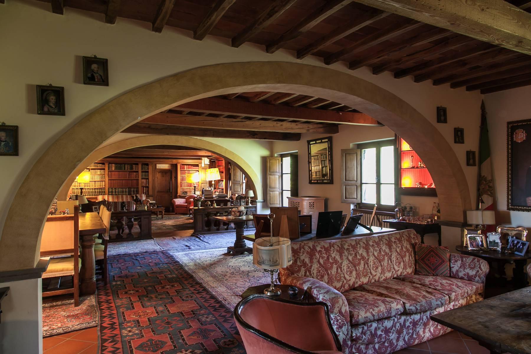 Villa historique dans la campagne toscane - 8