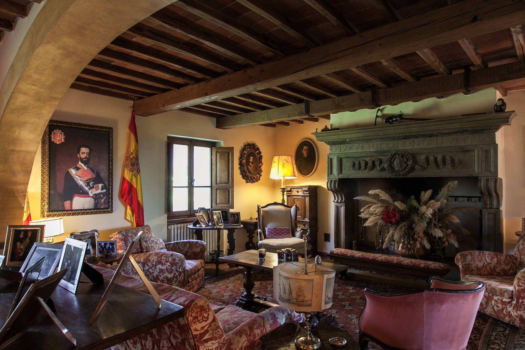 Historic villa in the Tuscan countryside - 12
