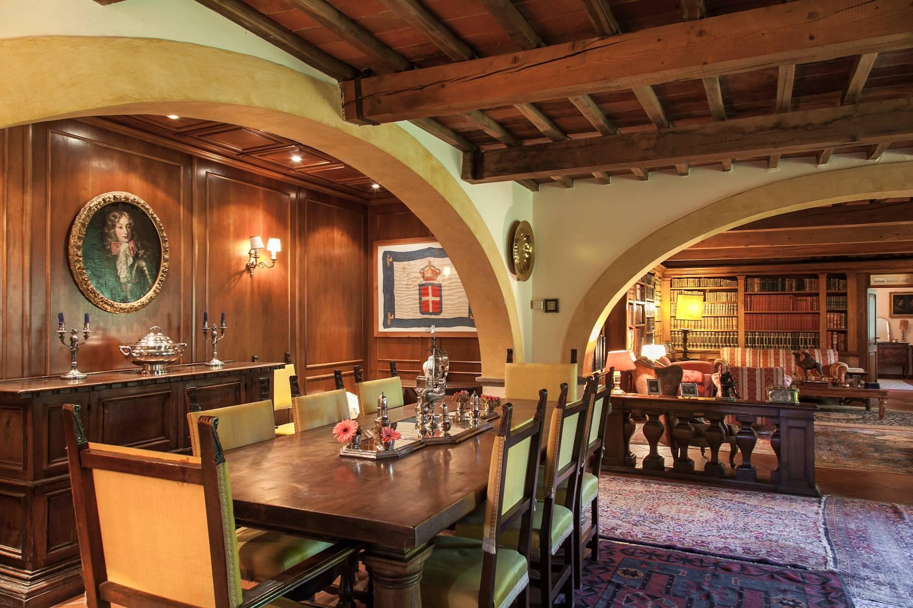 Historische Villa in der toskanischen Landschaft - 16