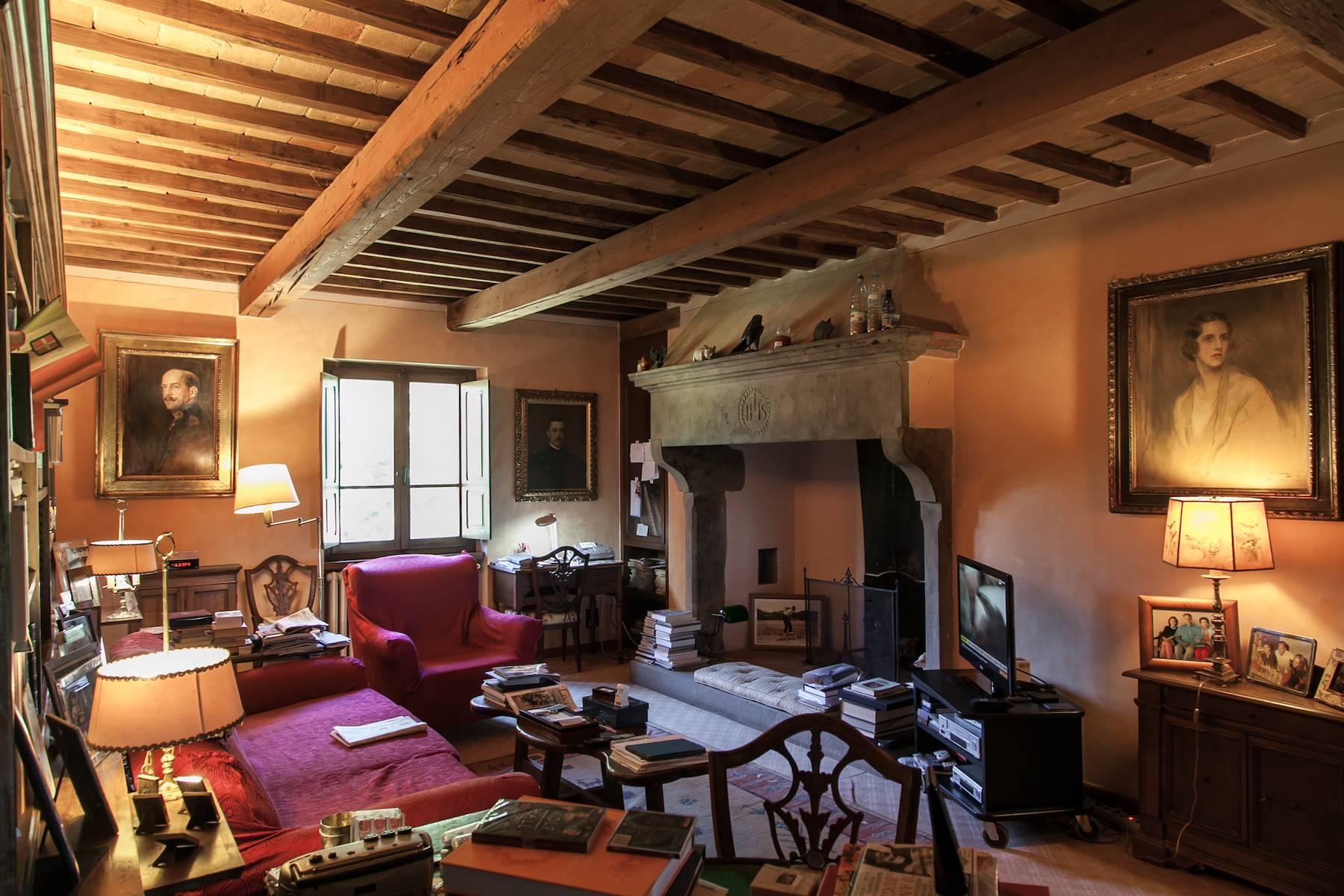 Villa historique dans la campagne toscane - 20