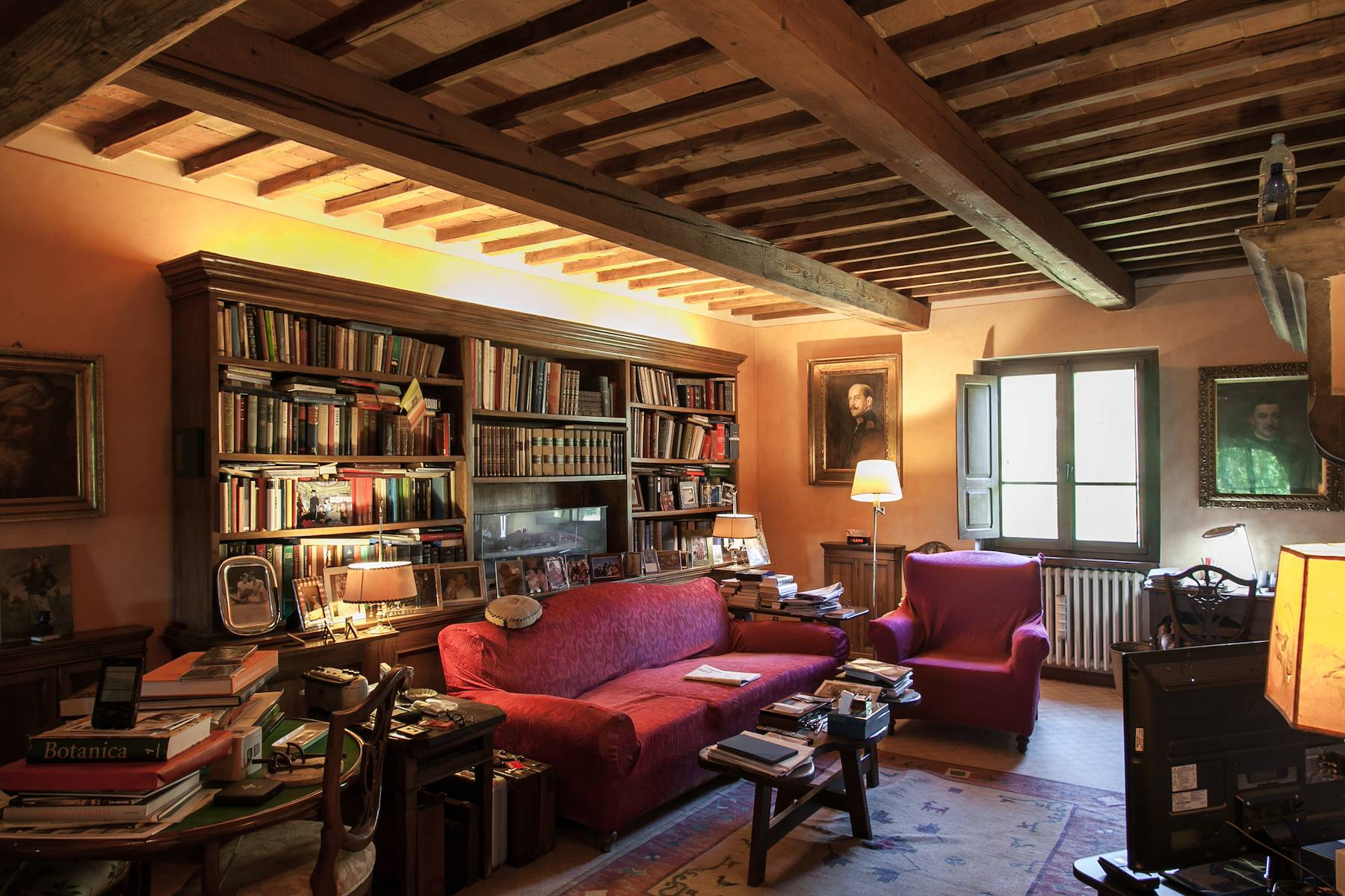 Historische Villa in der toskanischen Landschaft - 21