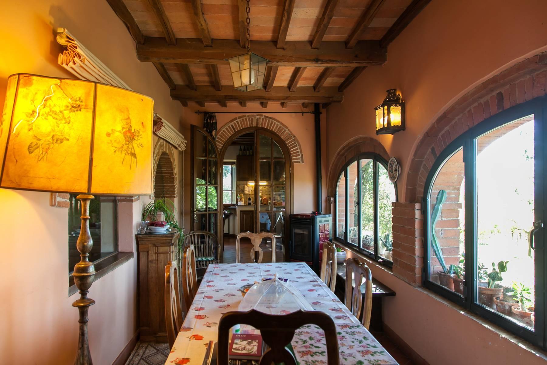 Historische Villa in der toskanischen Landschaft - 22
