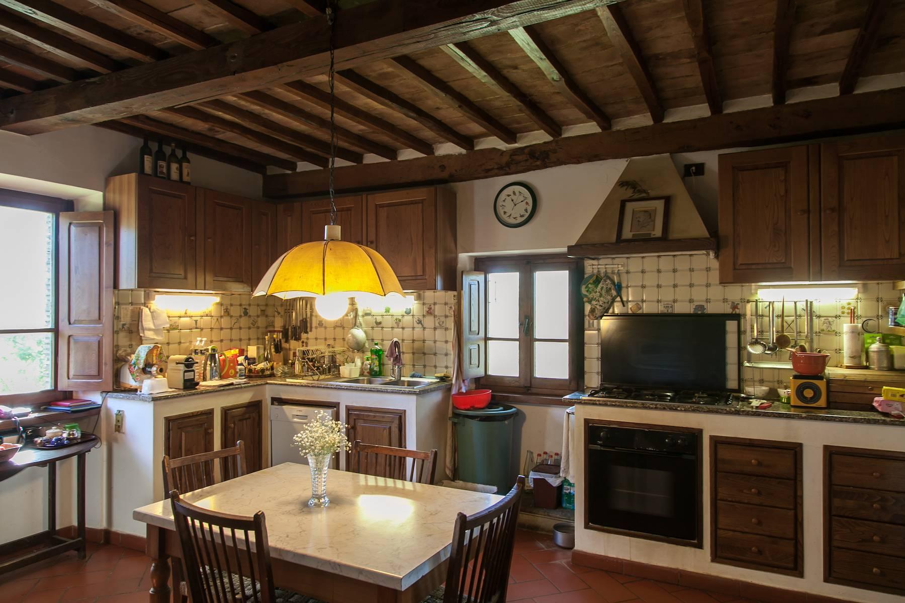 Historische Villa in der toskanischen Landschaft - 23