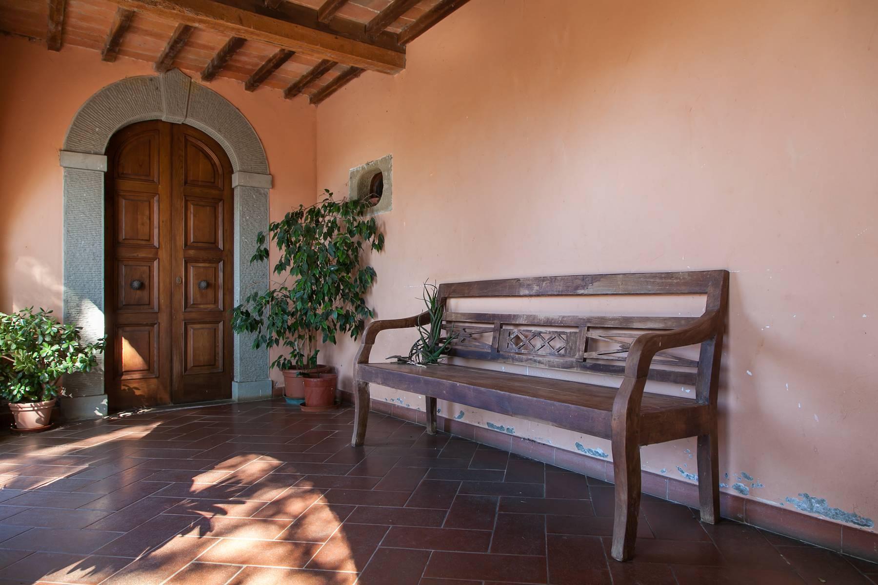 Historische Villa in der toskanischen Landschaft - 31