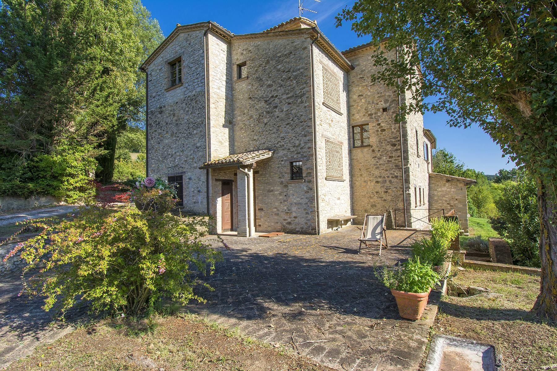 Medieval Tower with Hamlet close to Umbertide, Umbria - 3