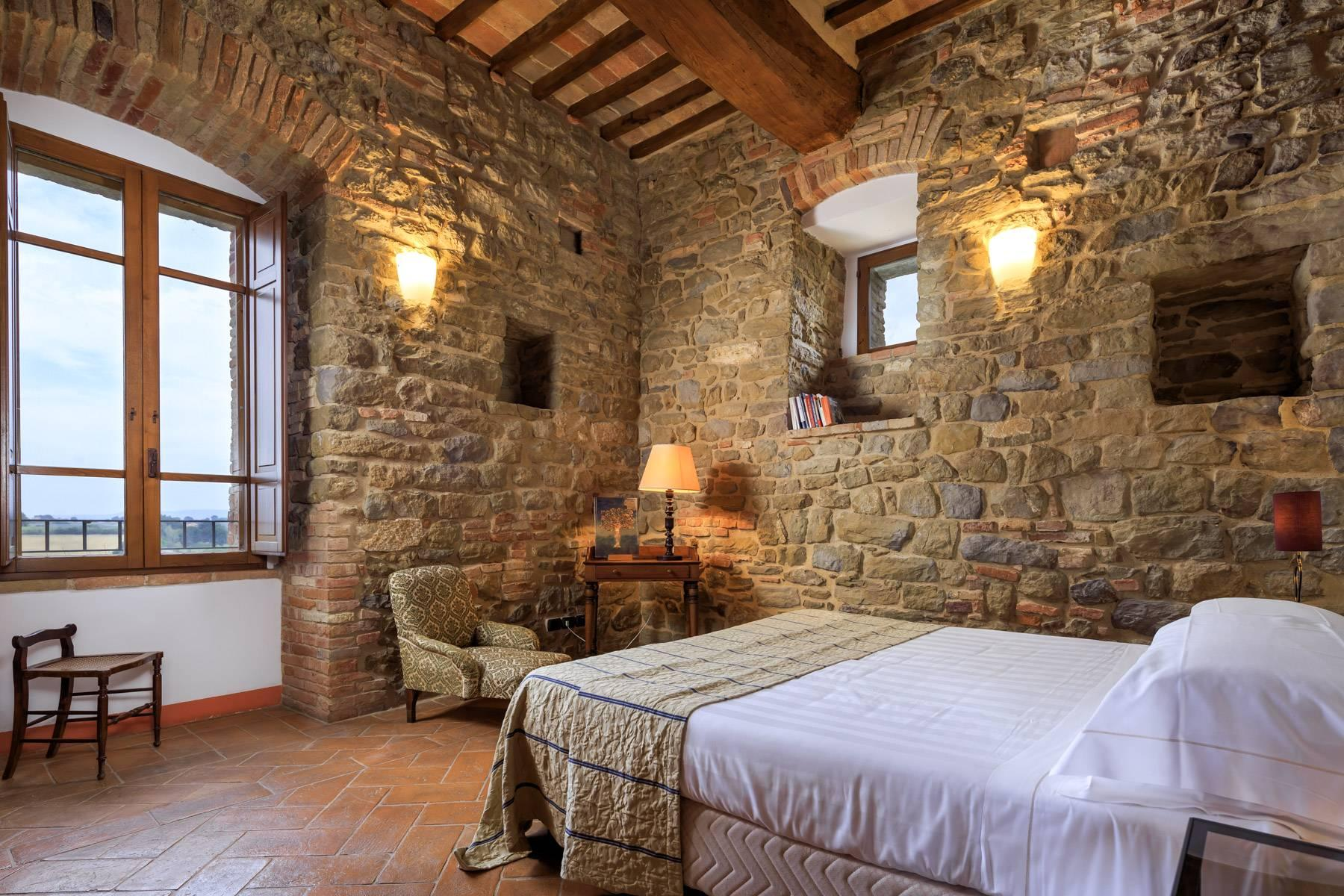 Magnificent castle in the heart of Umbria - 16