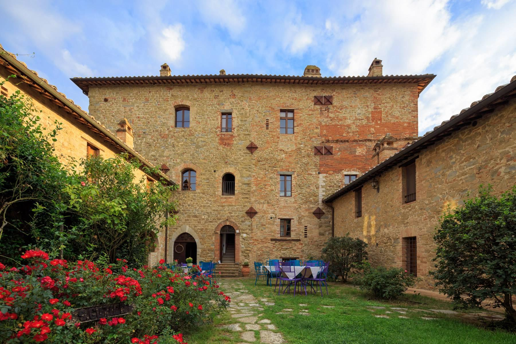 Magnificent castle in the heart of Umbria - 19