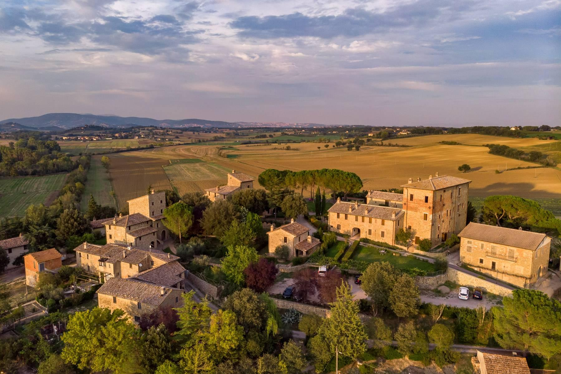 Magnificent castle in the heart of Umbria - 26