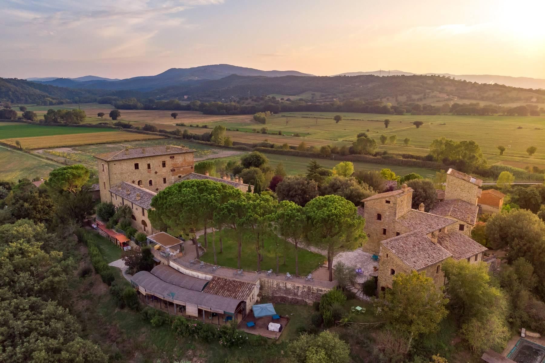 Magnificent castle in the heart of Umbria - 28