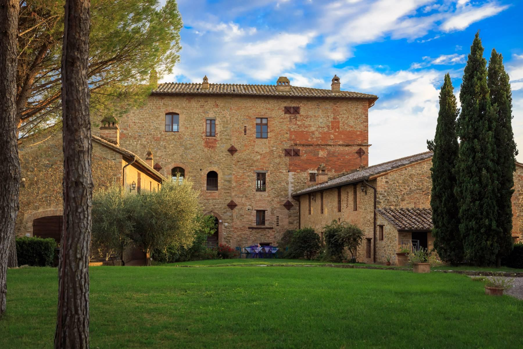 Magnificent castle in the heart of Umbria - 30