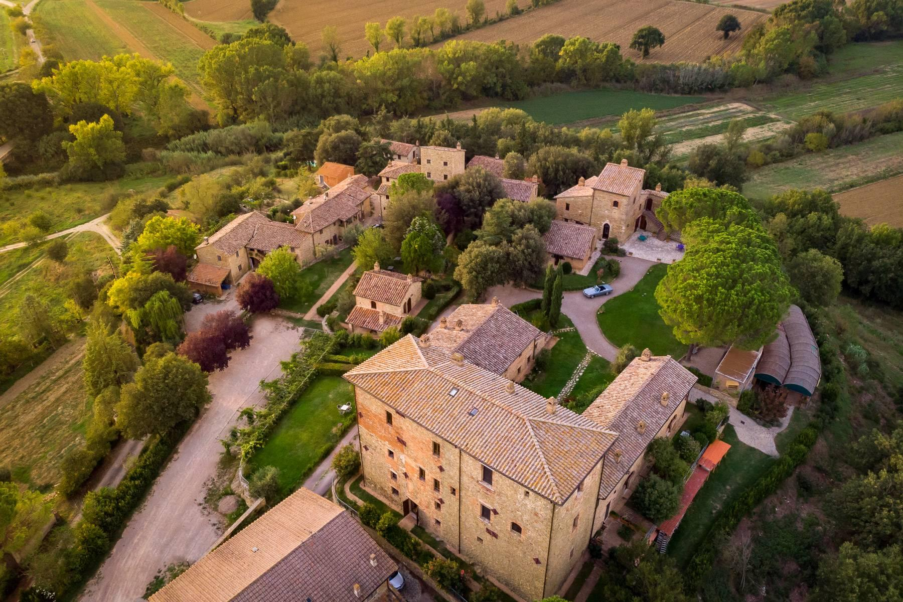 Magnificent castle in the heart of Umbria - 29