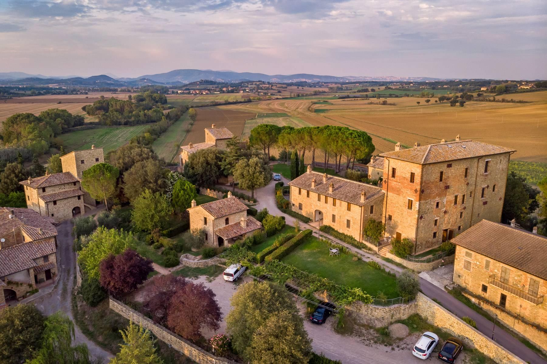 Magnificent castle in the heart of Umbria - 31
