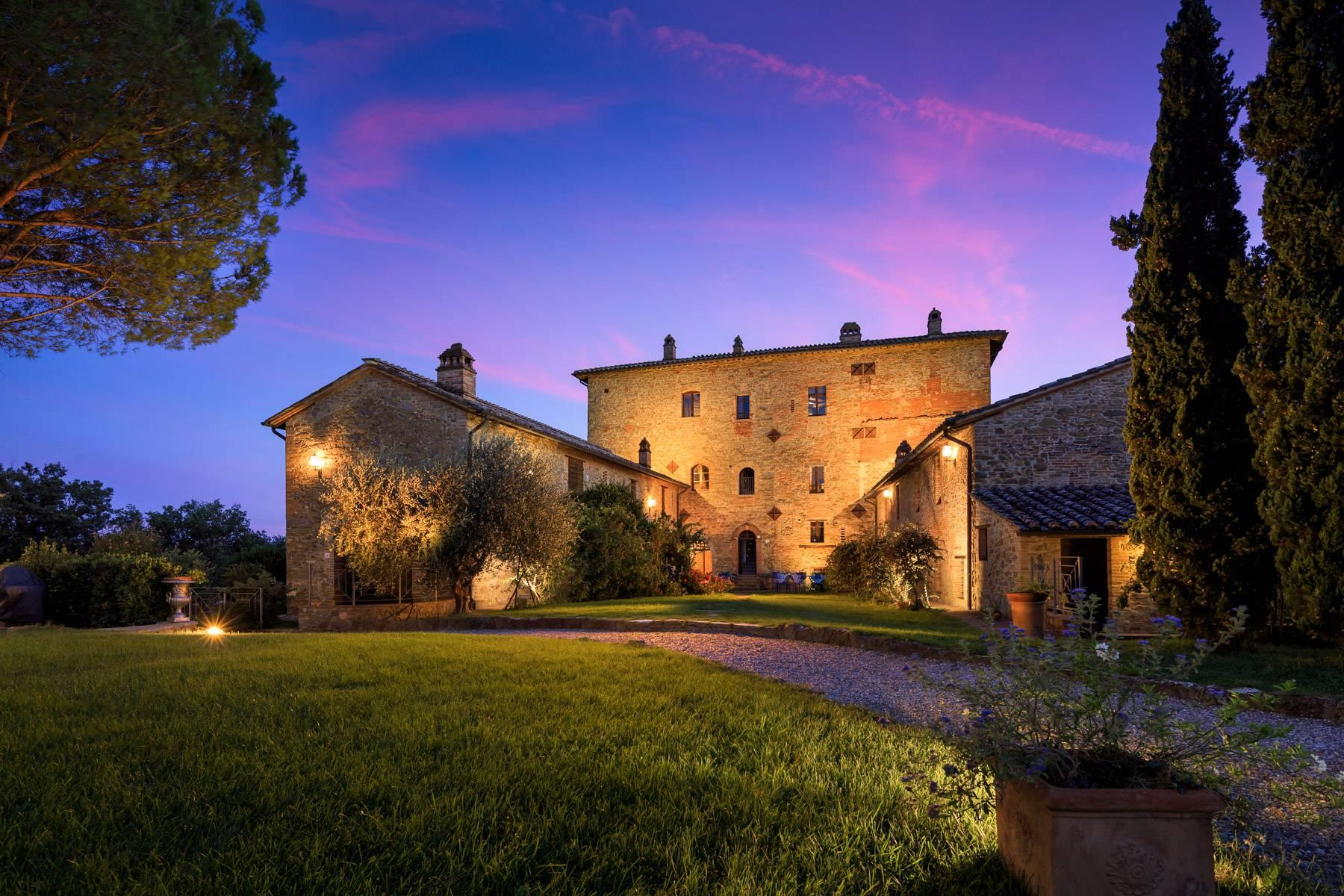Magnificent castle in the heart of Umbria - 4