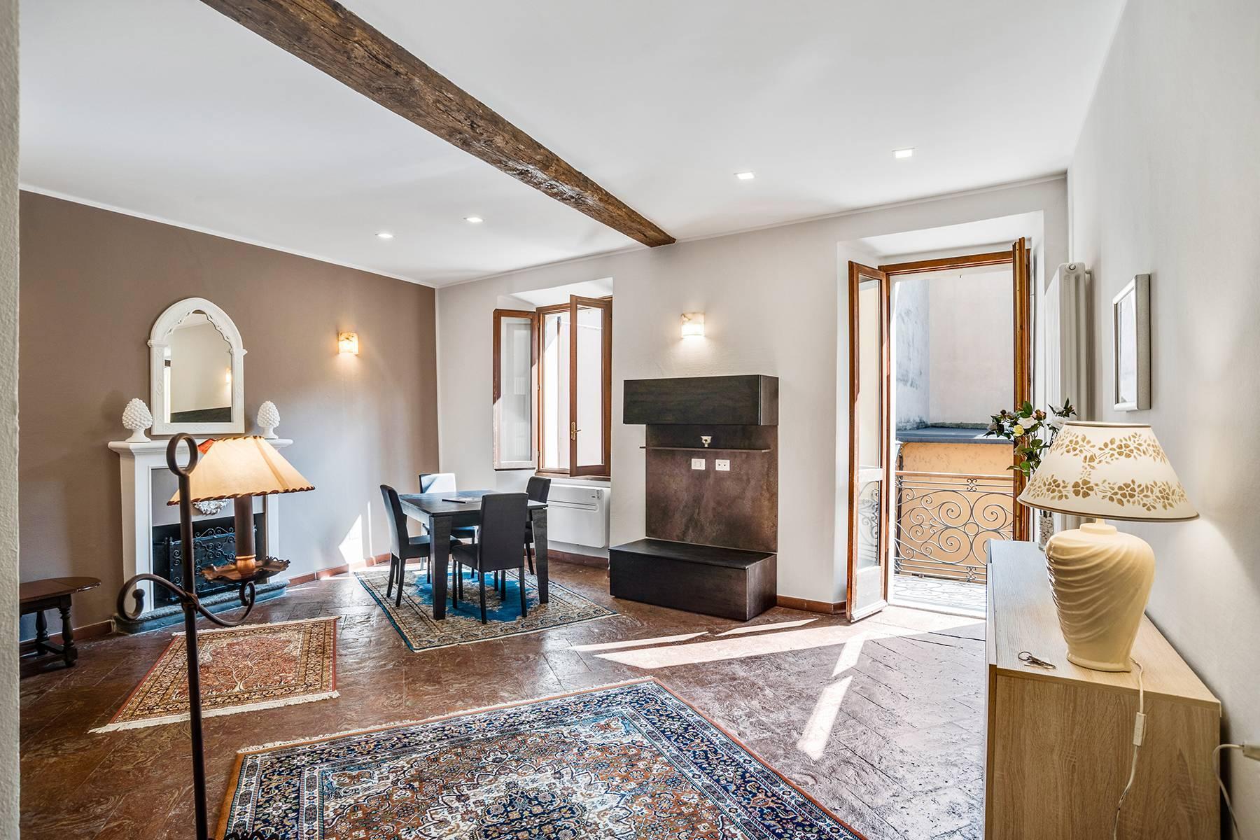 Elegante e soleggiato appartamento nel cuore di Arona - 4