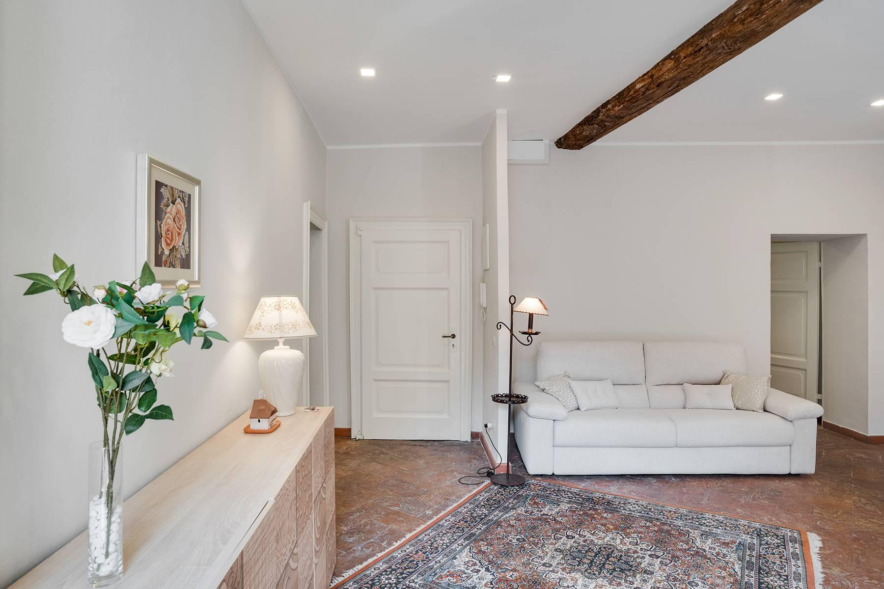 Elegante e soleggiato appartamento nel cuore di Arona - 6