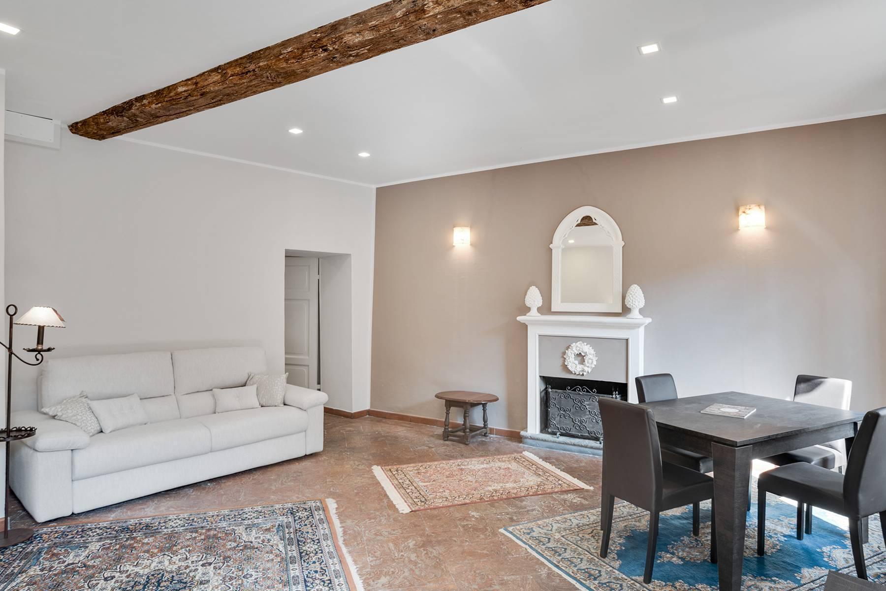 Elegante e soleggiato appartamento nel cuore di Arona - 5