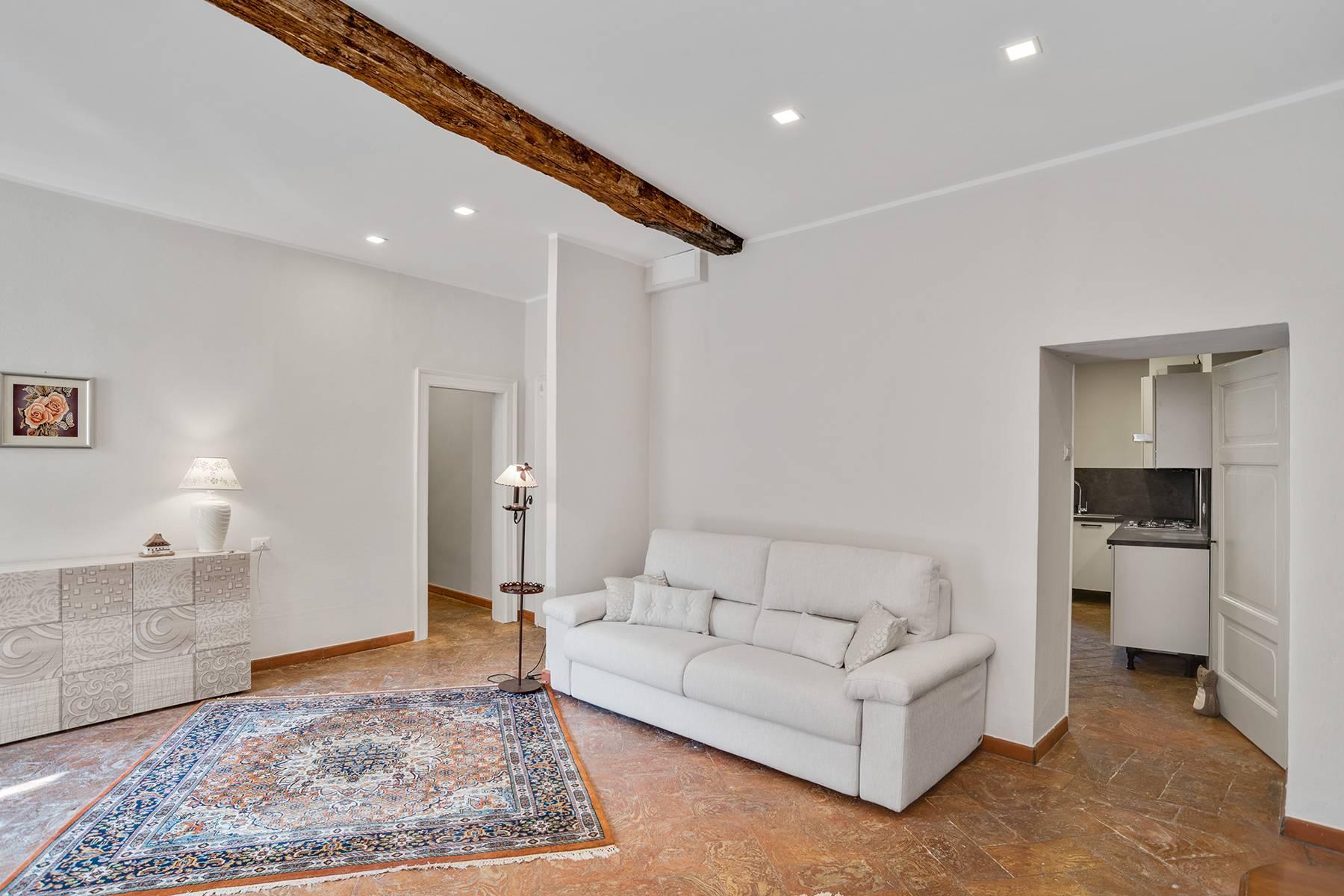 Elegante e soleggiato appartamento nel cuore di Arona - 7
