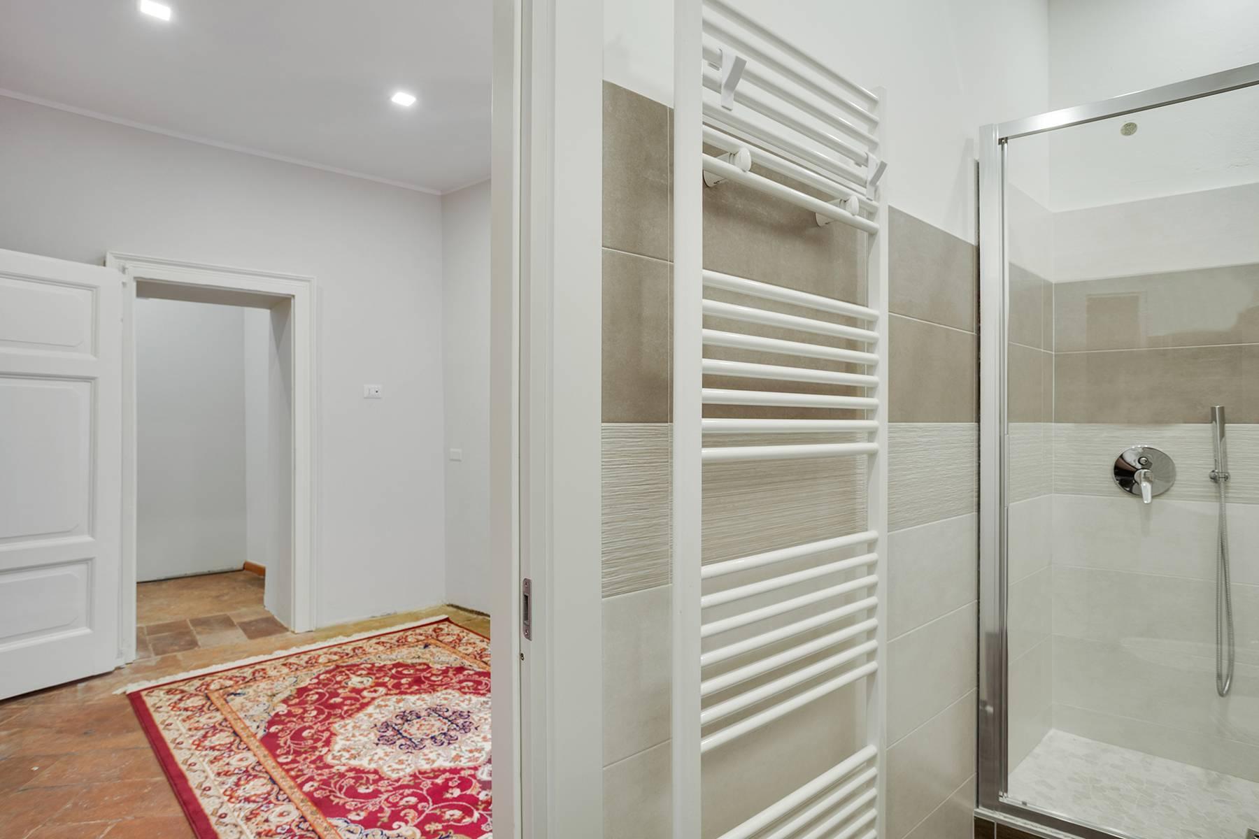 Elegante e soleggiato appartamento nel cuore di Arona - 19