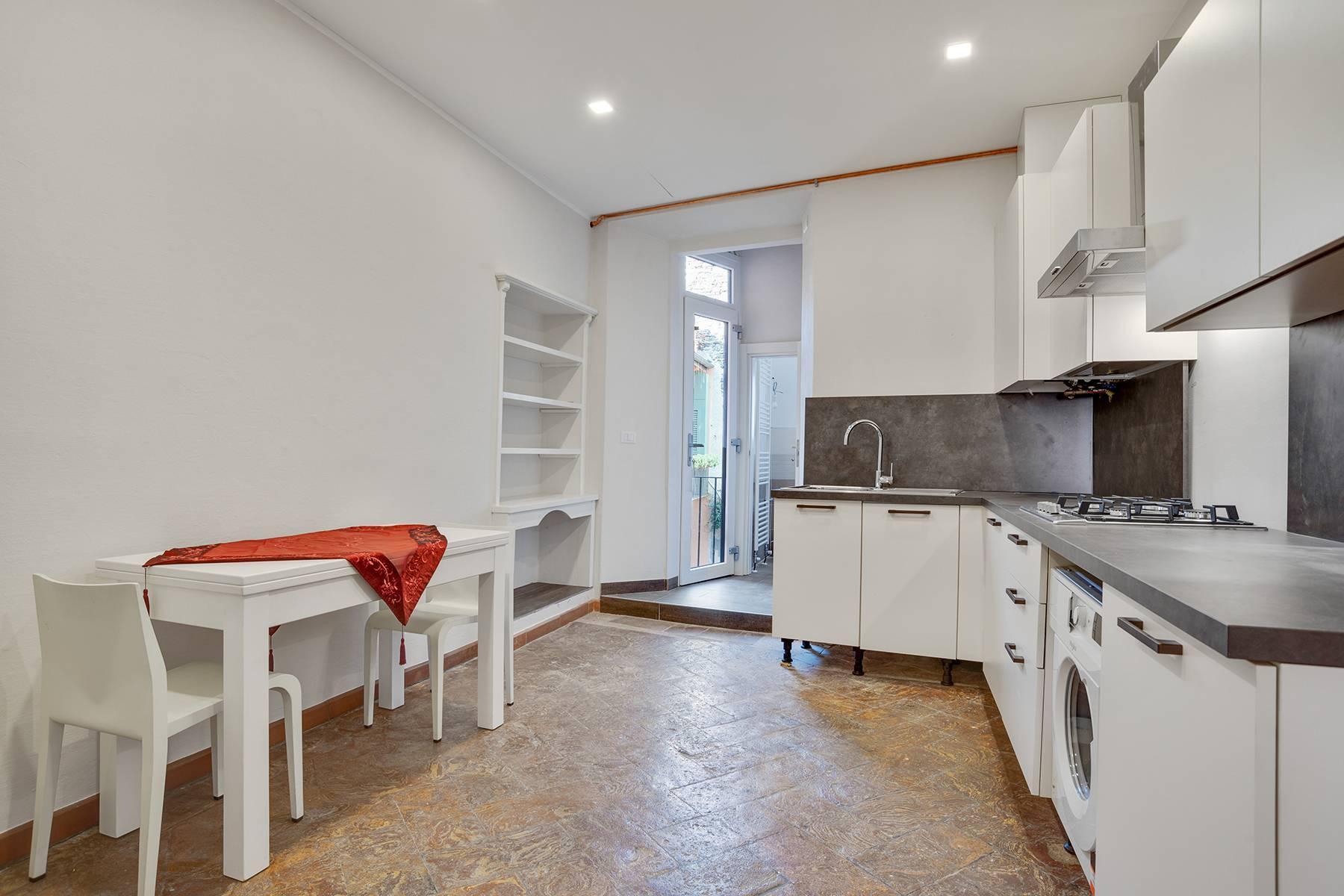 Elegante e soleggiato appartamento nel cuore di Arona - 13