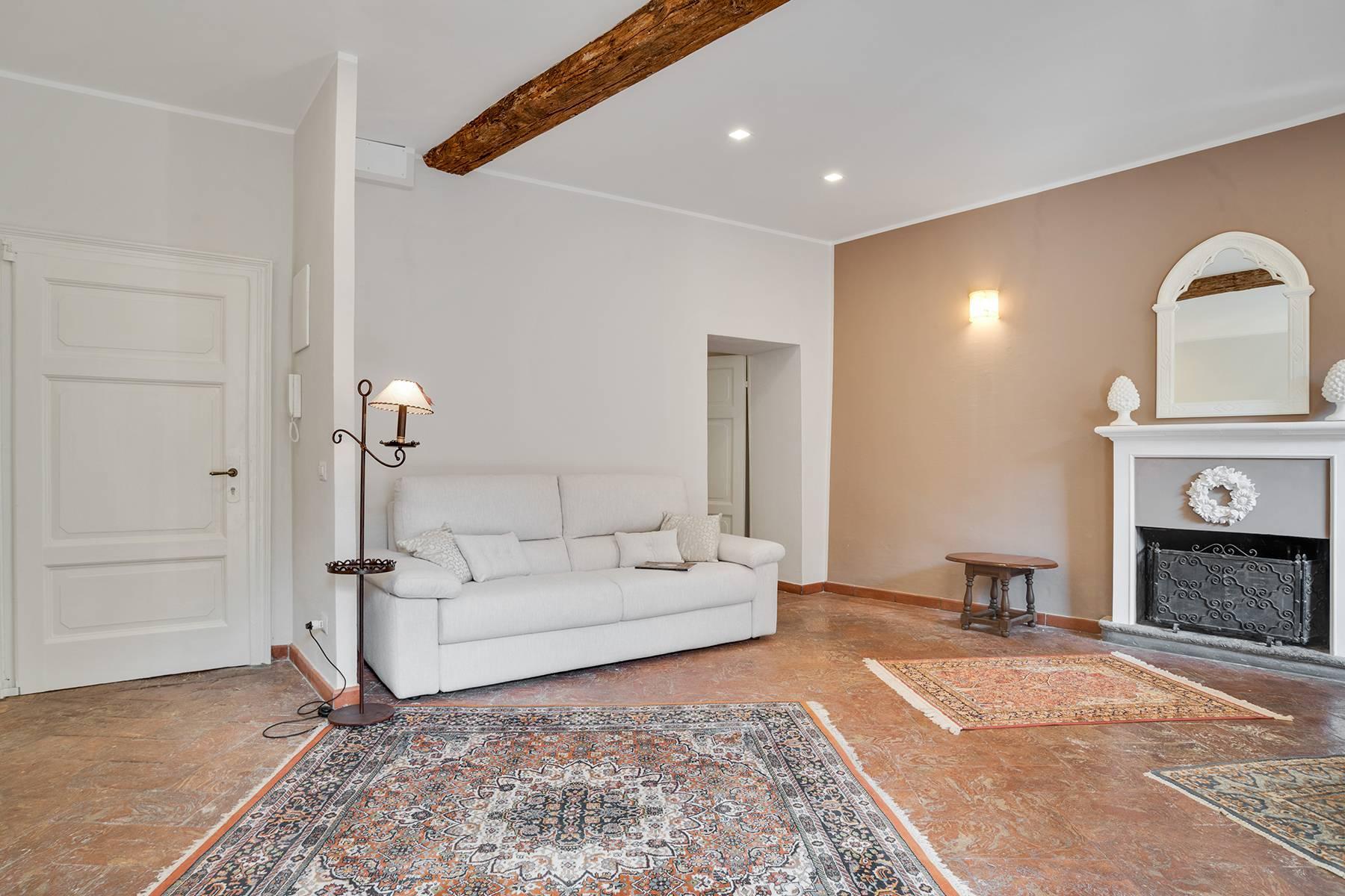 Elegante e soleggiato appartamento nel cuore di Arona - 8