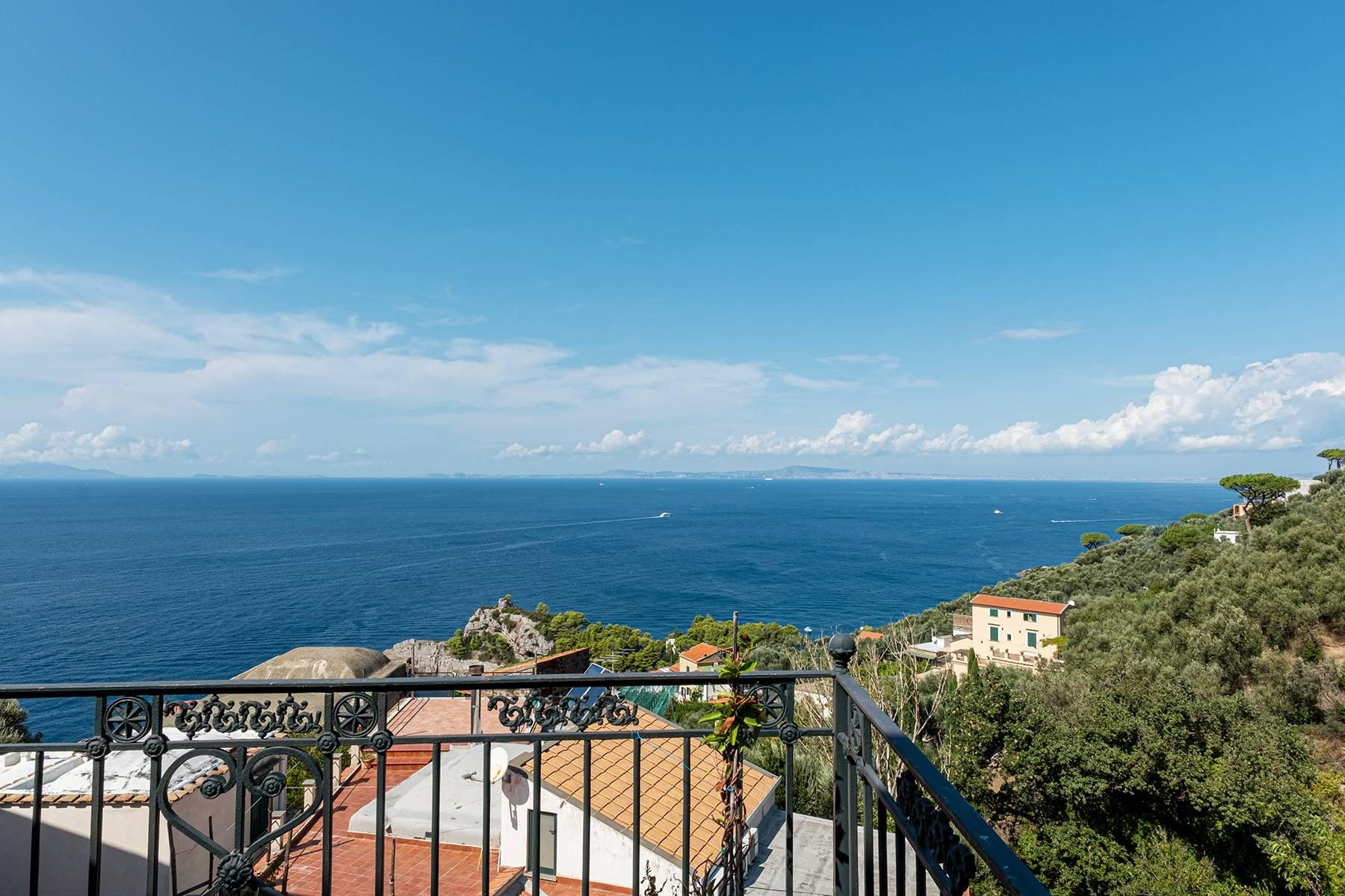 Bright apartment with garden and panoramic terraces in the heart of Sorrentine Coast - 9