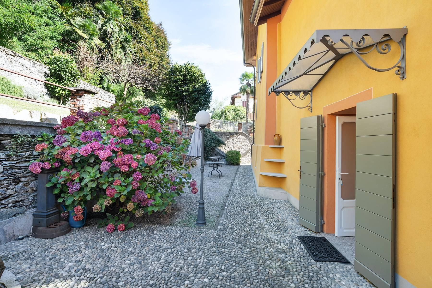 Unique historic villa with guest house in a privileged position and a fantastic view of Lake Maggiore - 35