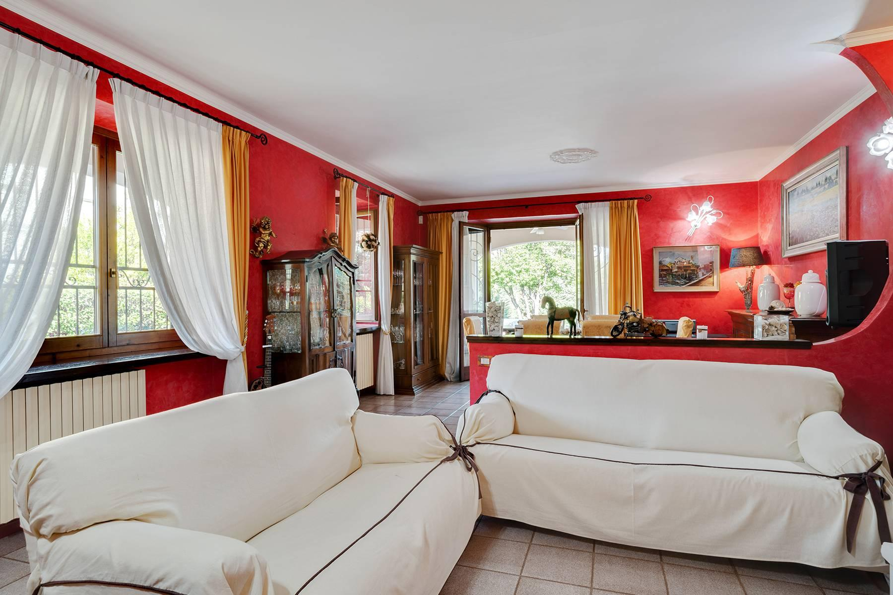 Independent villa a few steps from the heart of Arona - 6