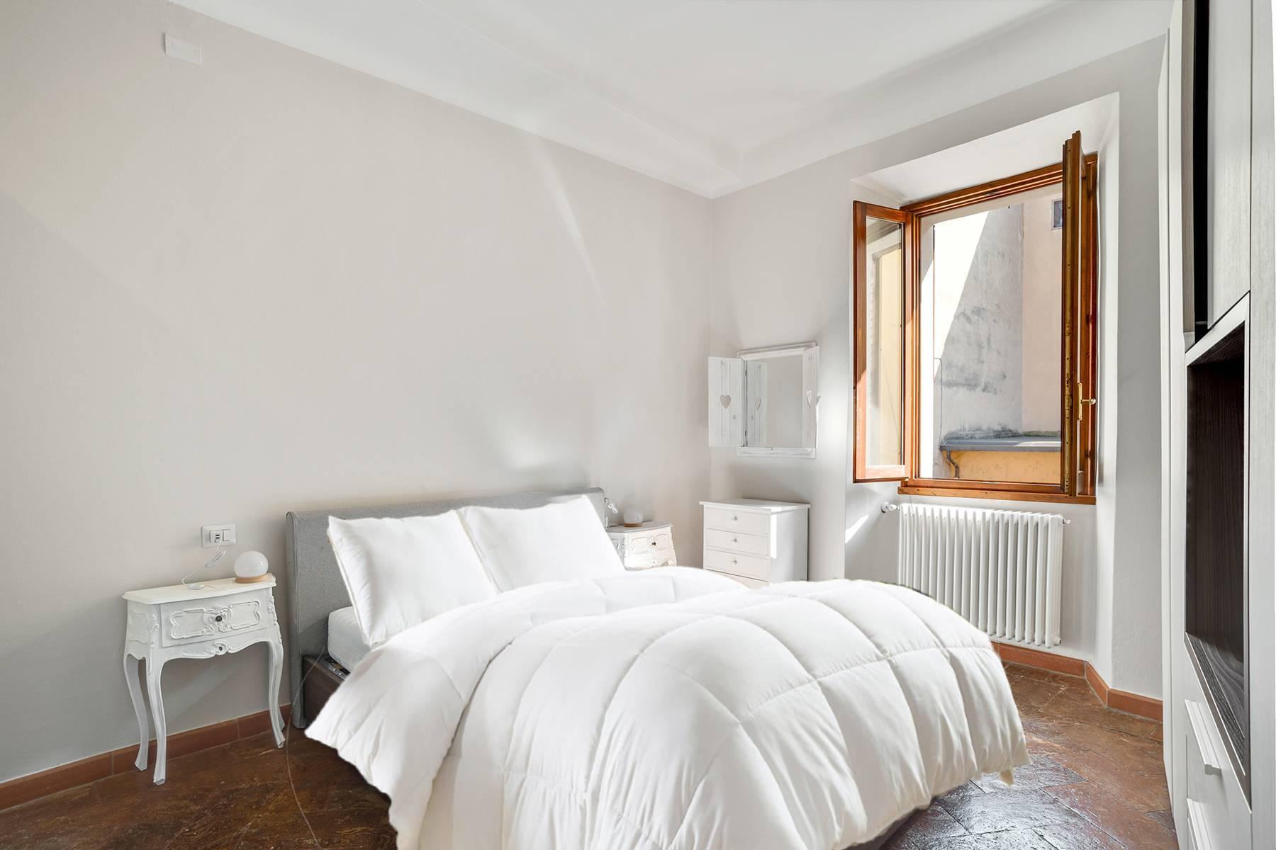 Elegante e soleggiato appartamento nel cuore di Arona - 16