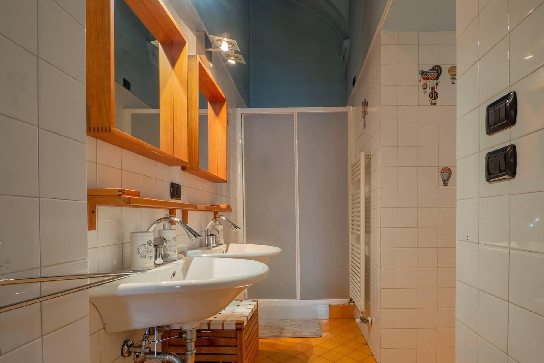 Bright charming apartment in a period building - 20