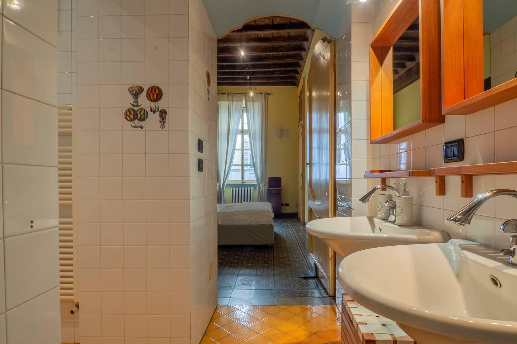 Bright charming apartment in a period building - 11