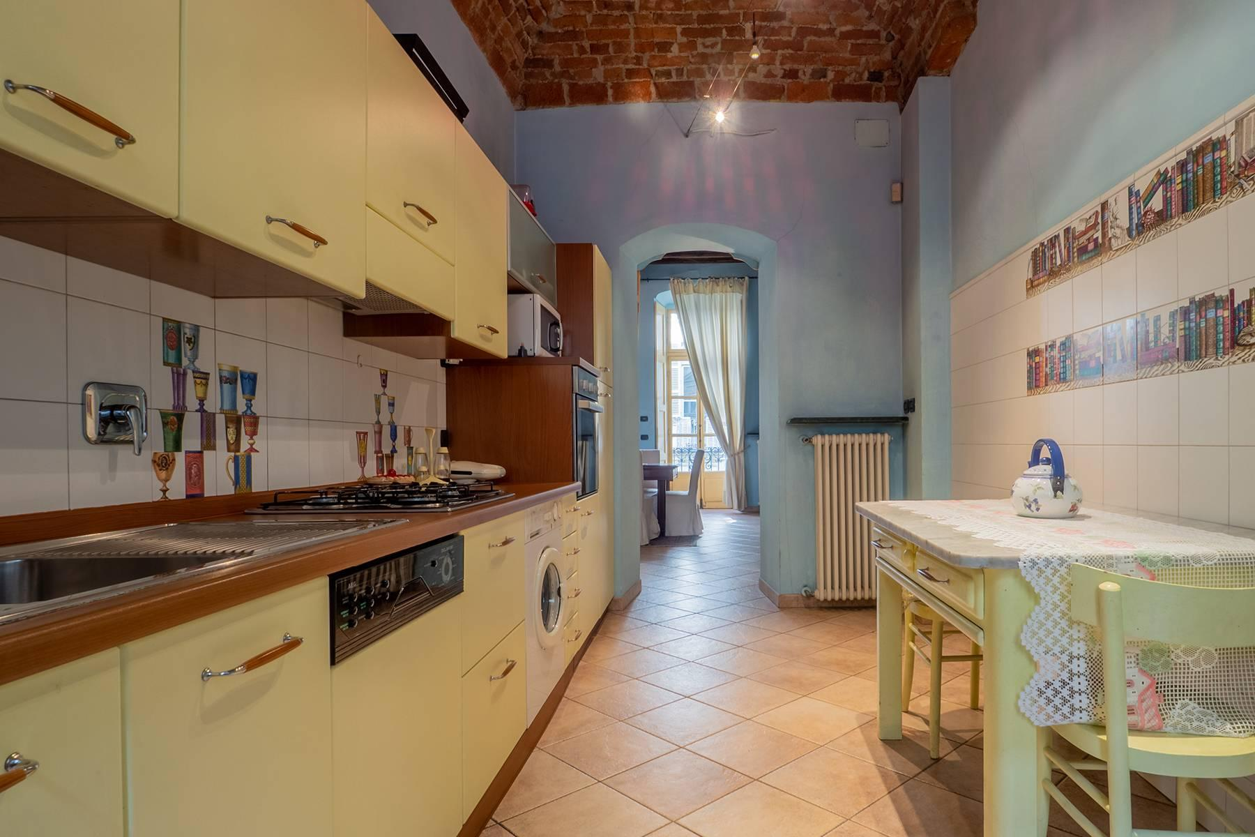 Bright charming apartment in a period building - 7