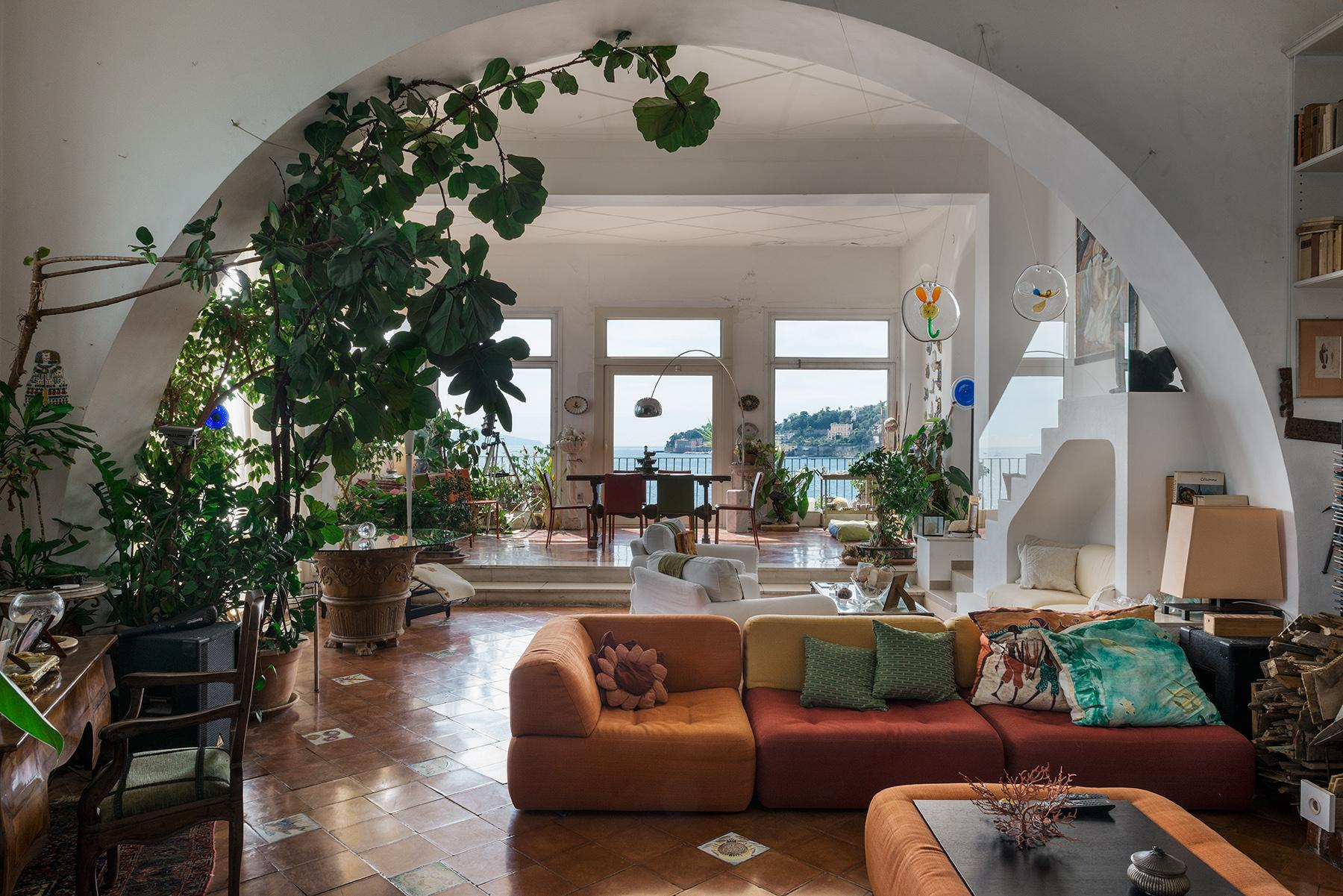 Monumental house by the sea - 9