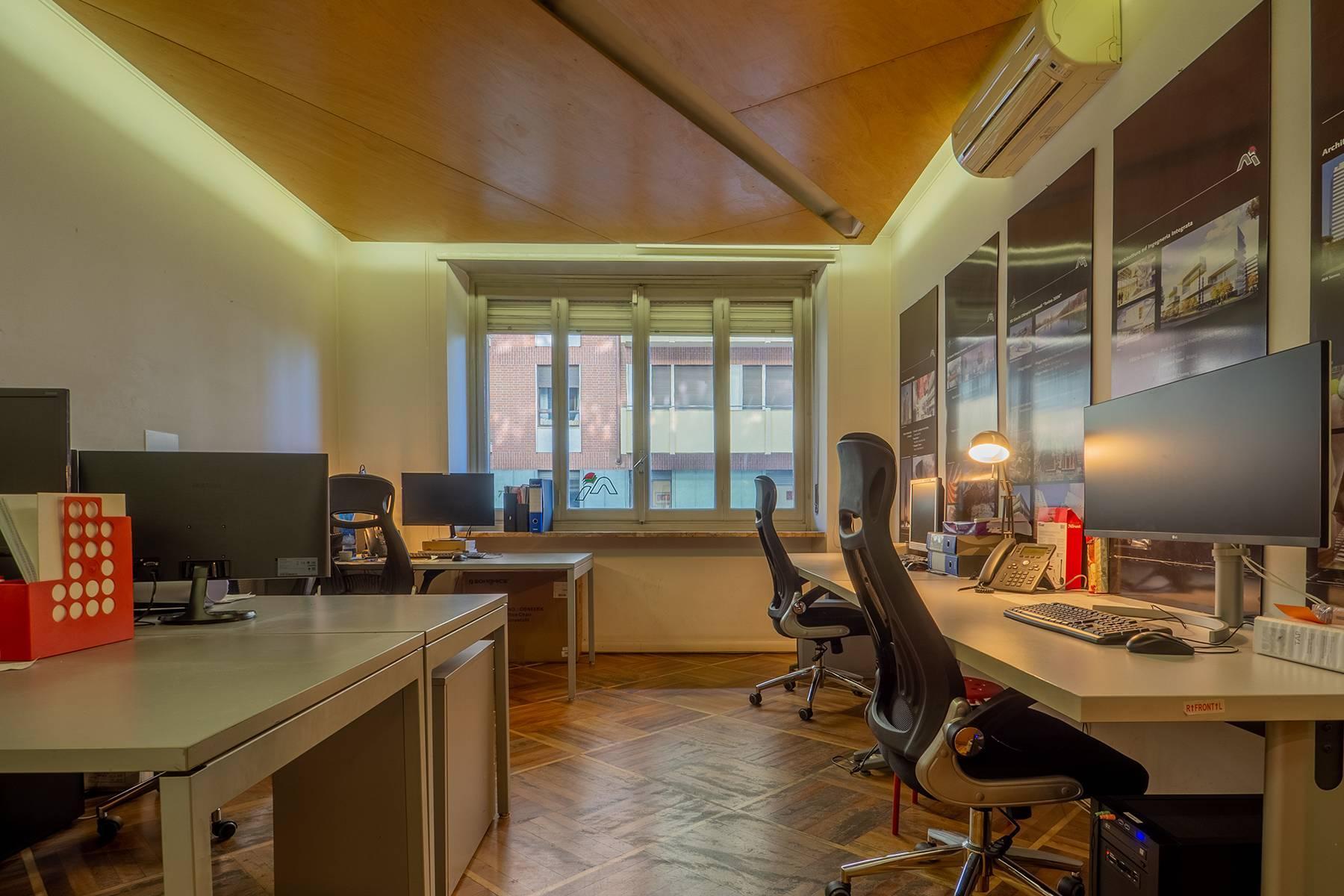 Beautiful office apartment in Crocetta - 1
