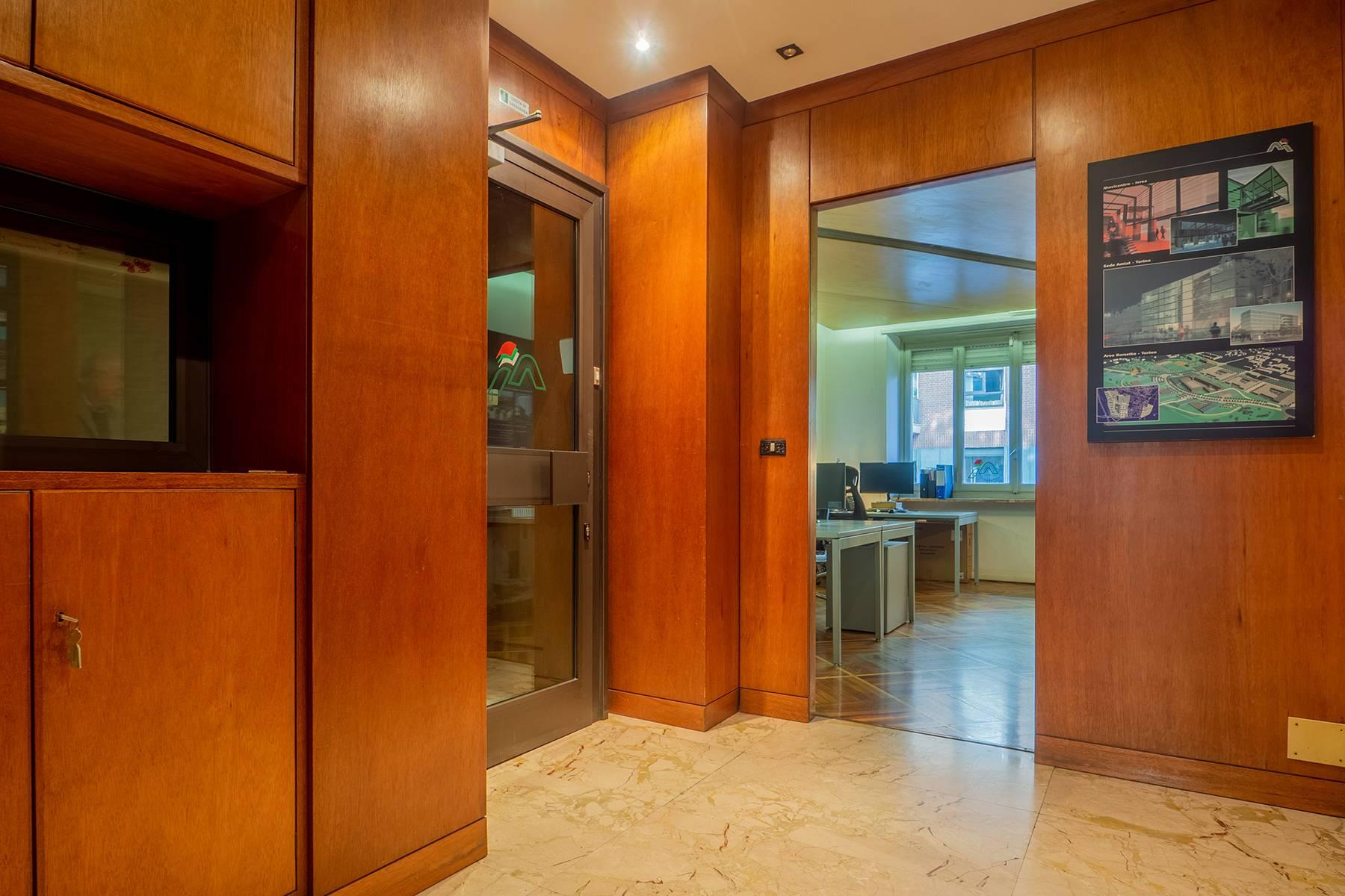 Beautiful office apartment in Crocetta - 11