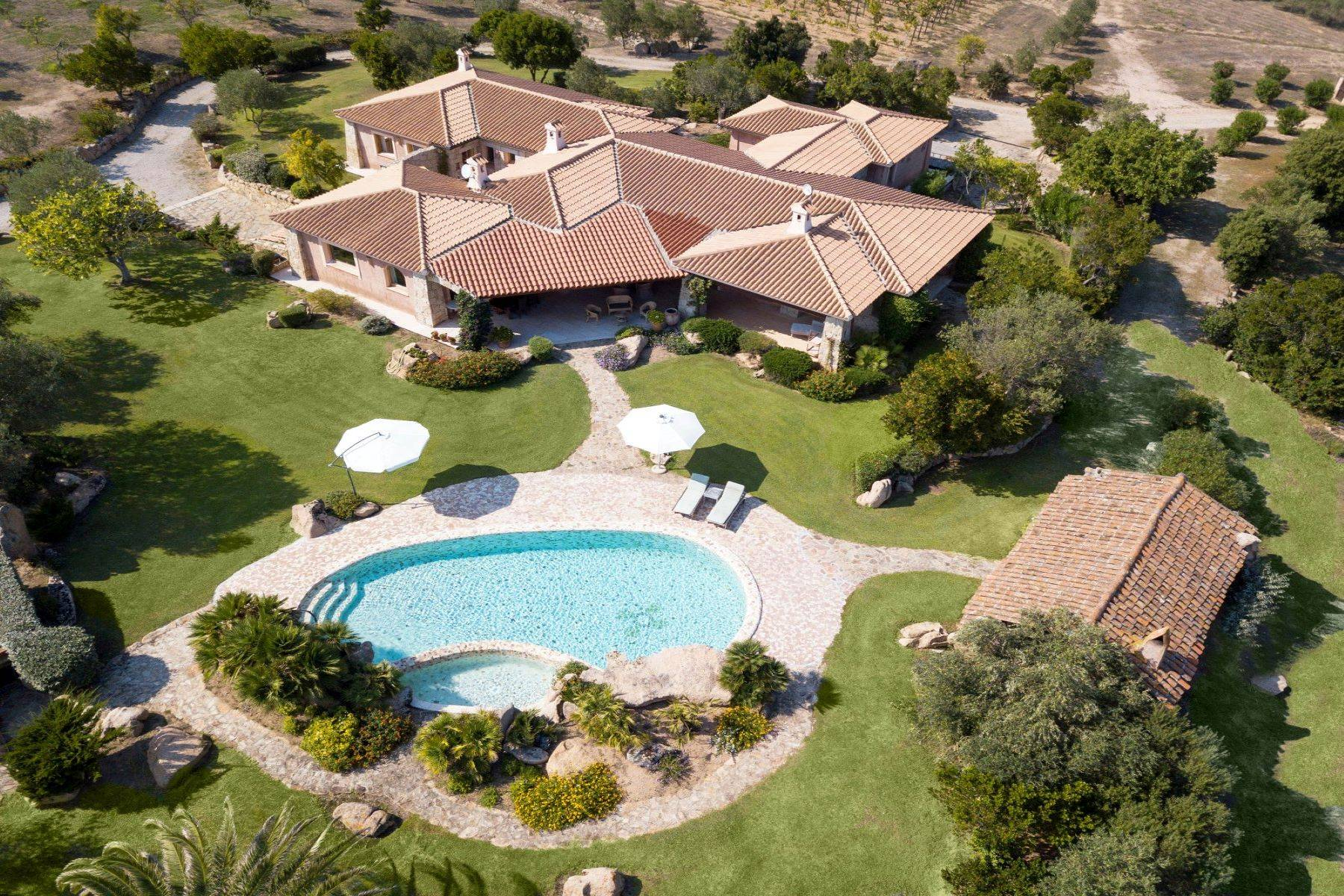 Amazing country estate of 20 hectares - 1