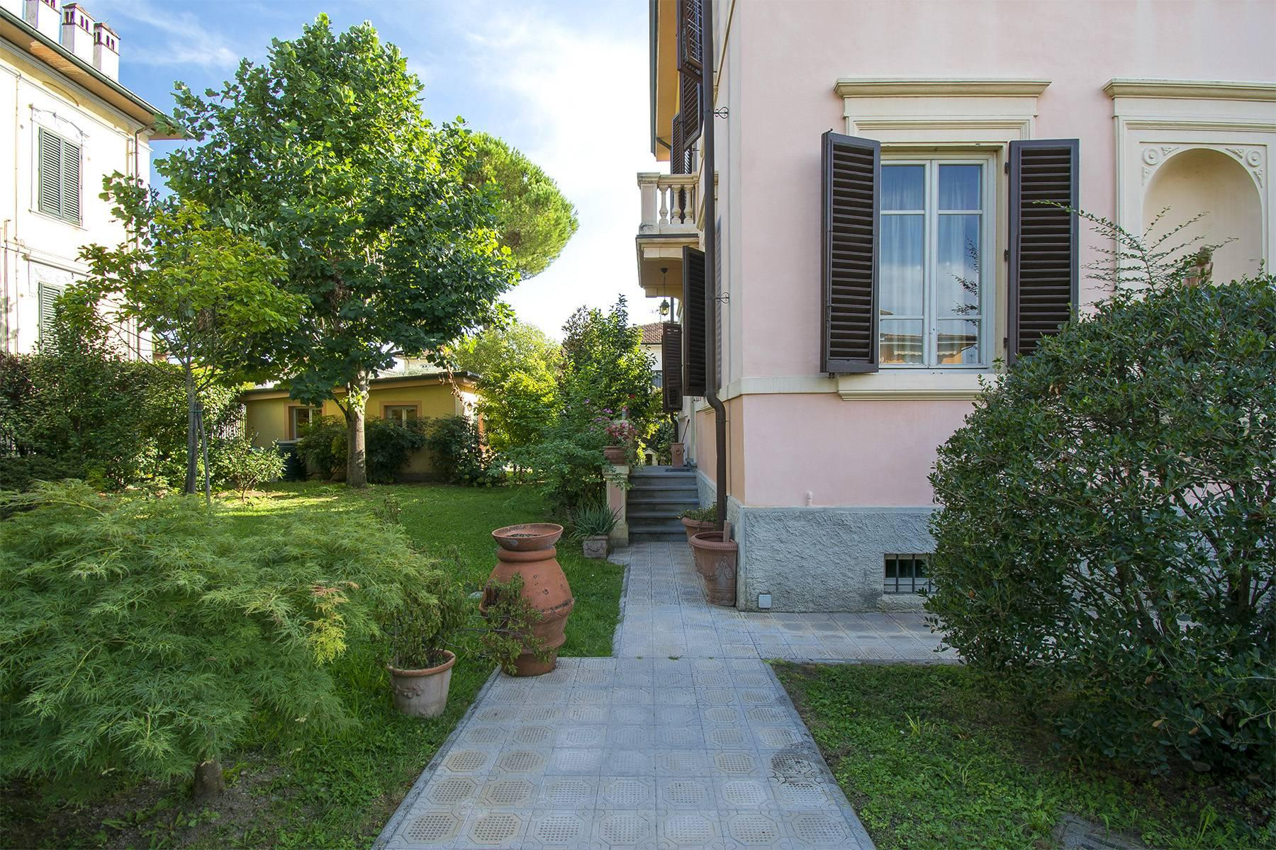 Art Nouveau Villa for sale in Lucca - 18