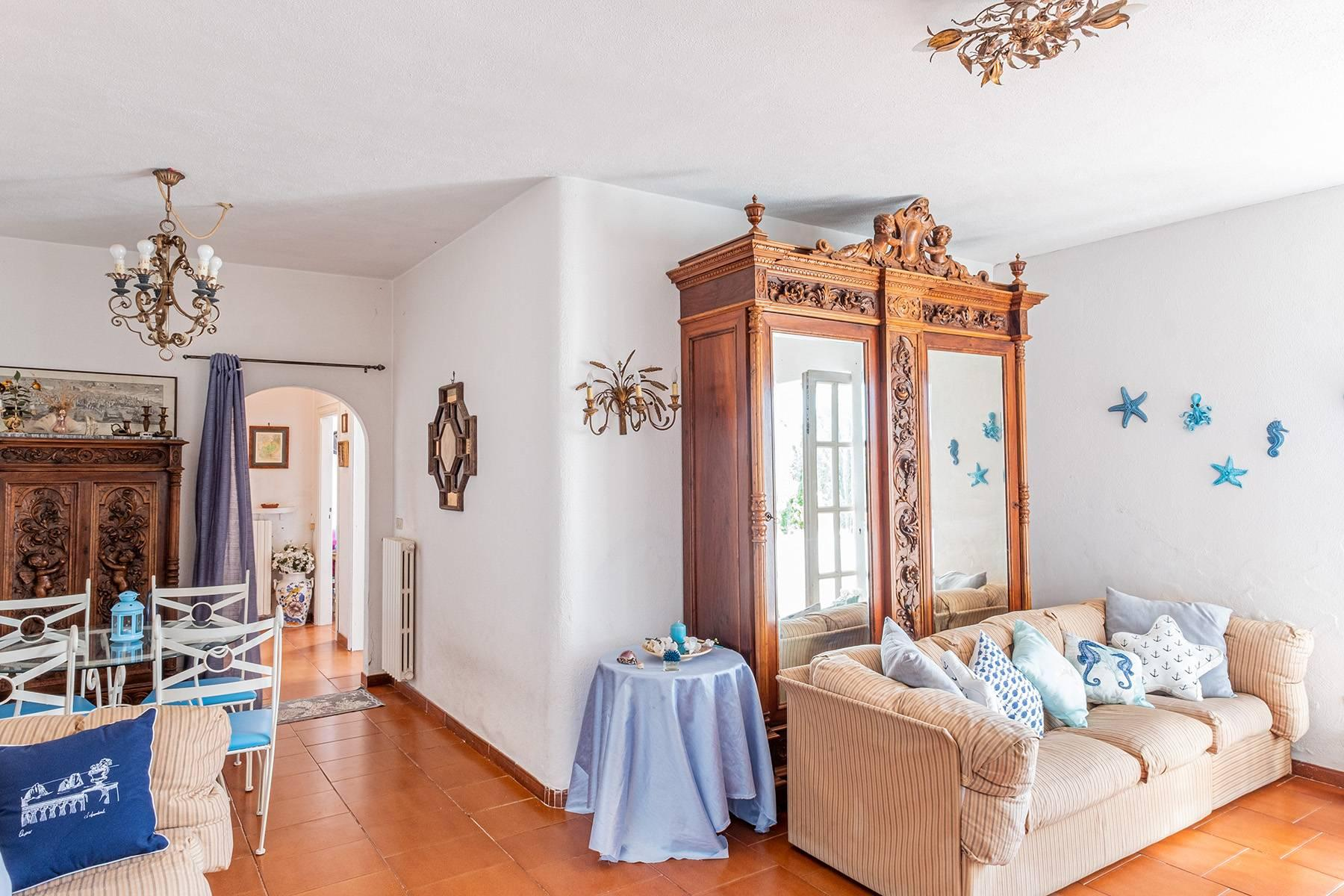 Charming villa with olive grove and swimming pool overlooking the sea - 9