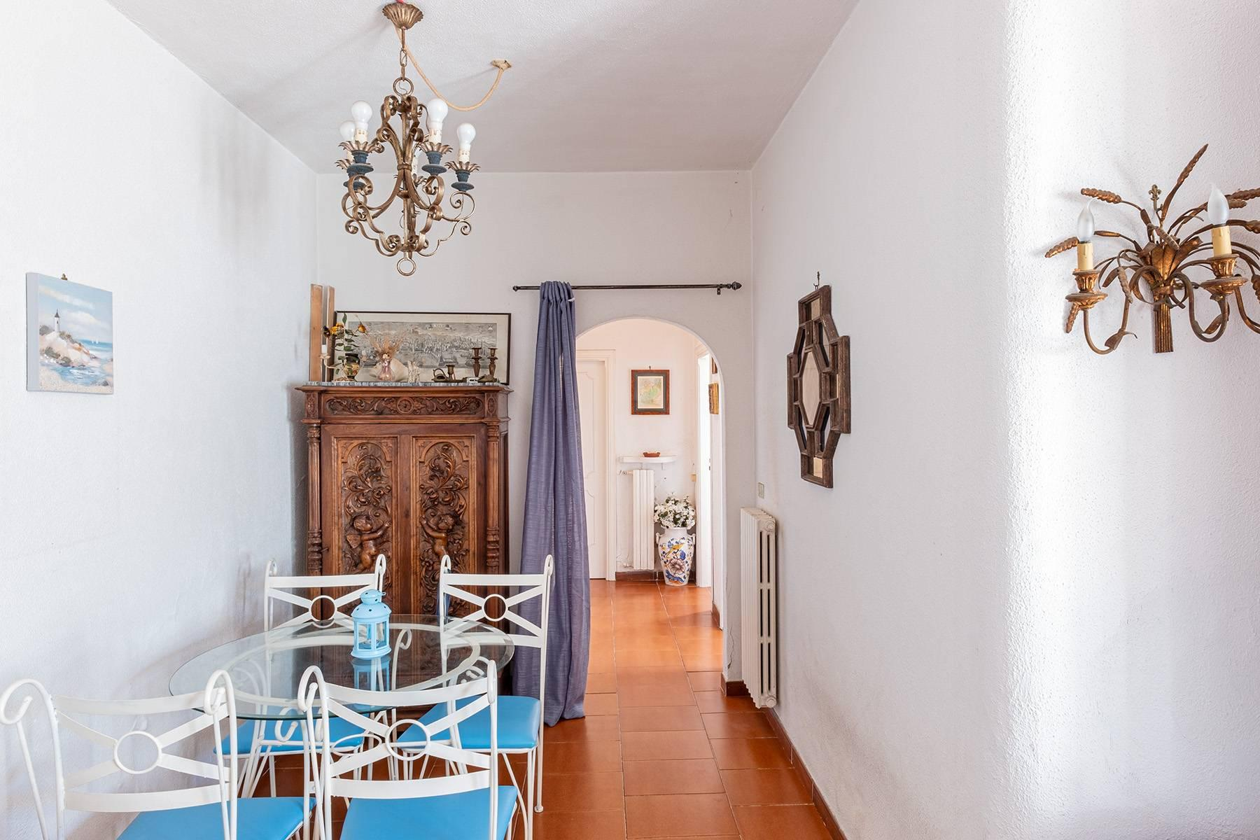 Charming villa with olive grove and swimming pool overlooking the sea - 10