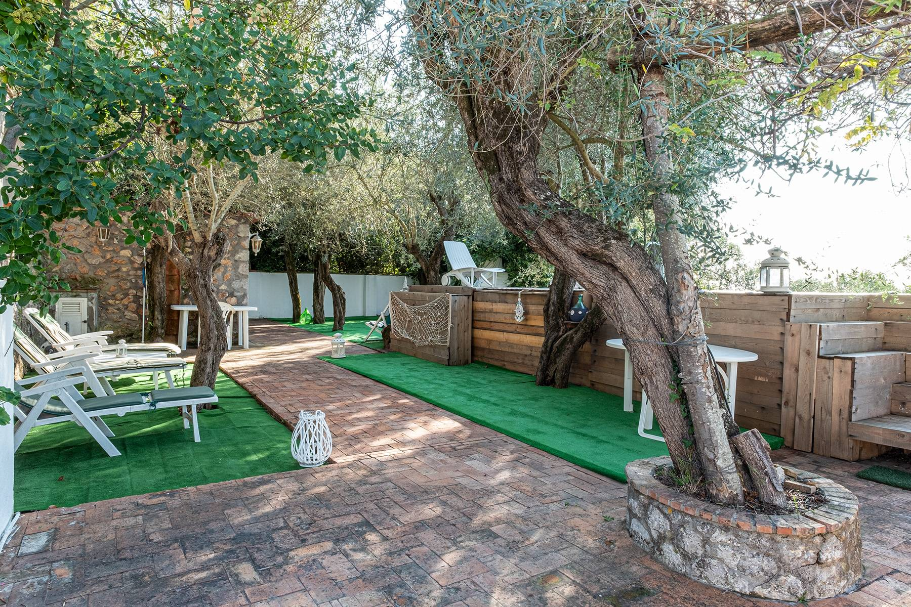 Charming villa with olive grove and swimming pool overlooking the sea - 22