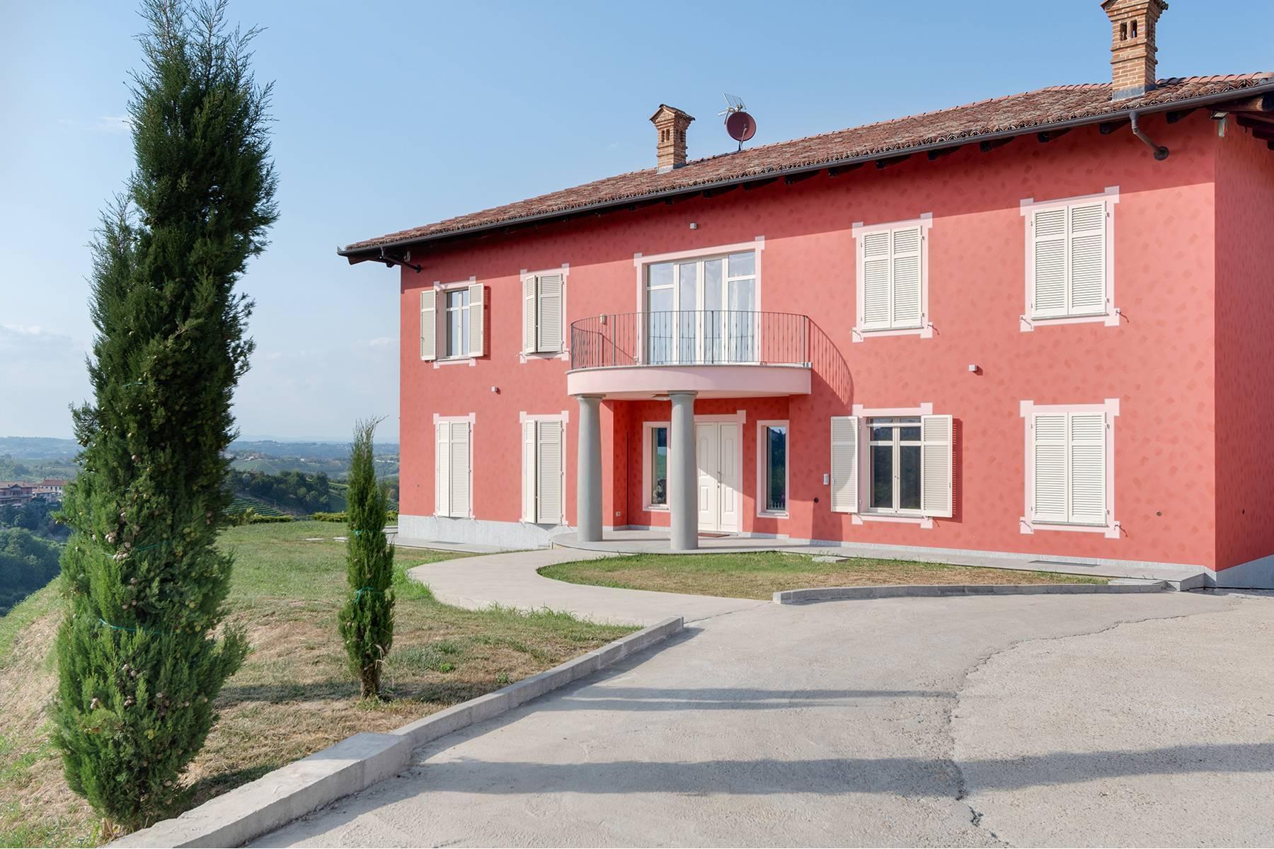 Moderne Villa im Herzen des Roero Gebiets - 1