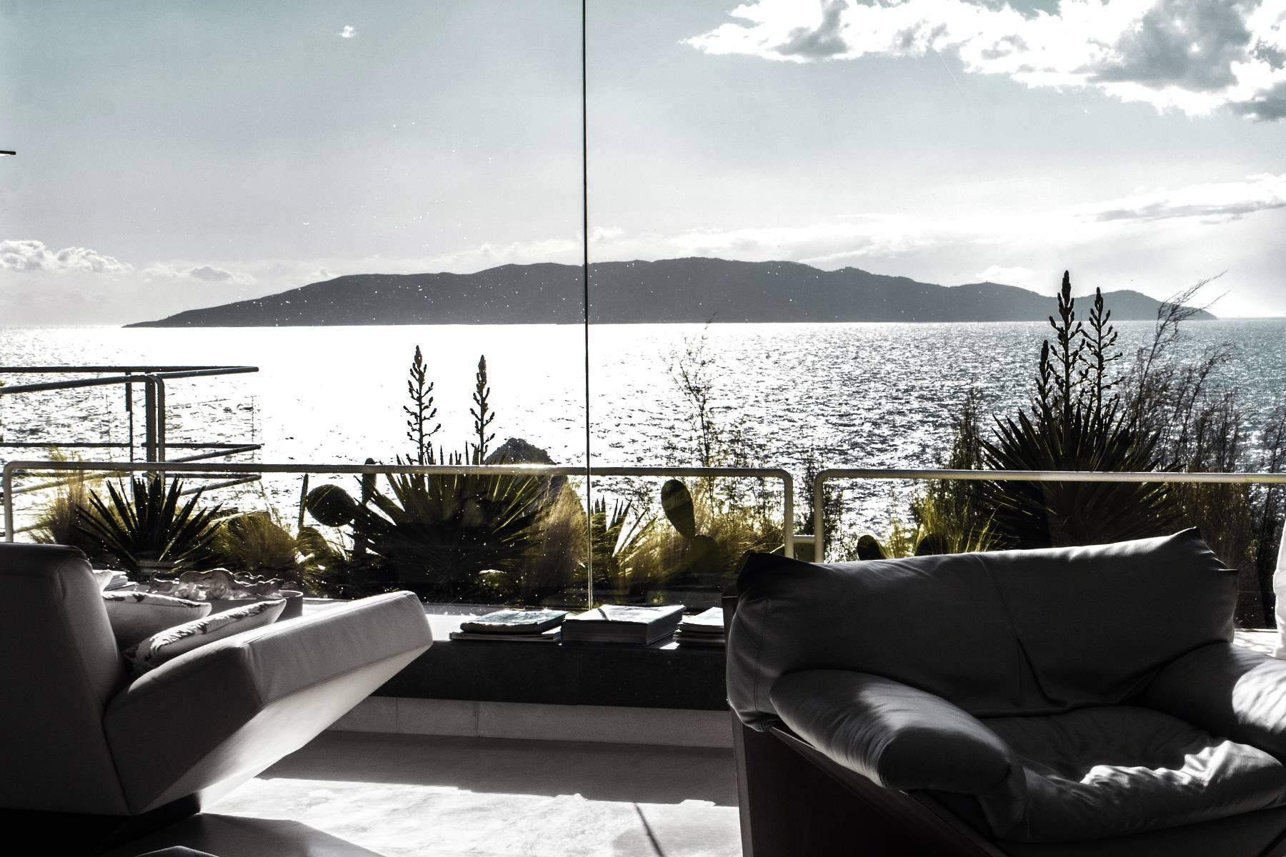 Majestueuse villa contemporaine entre ciel et mer - 4