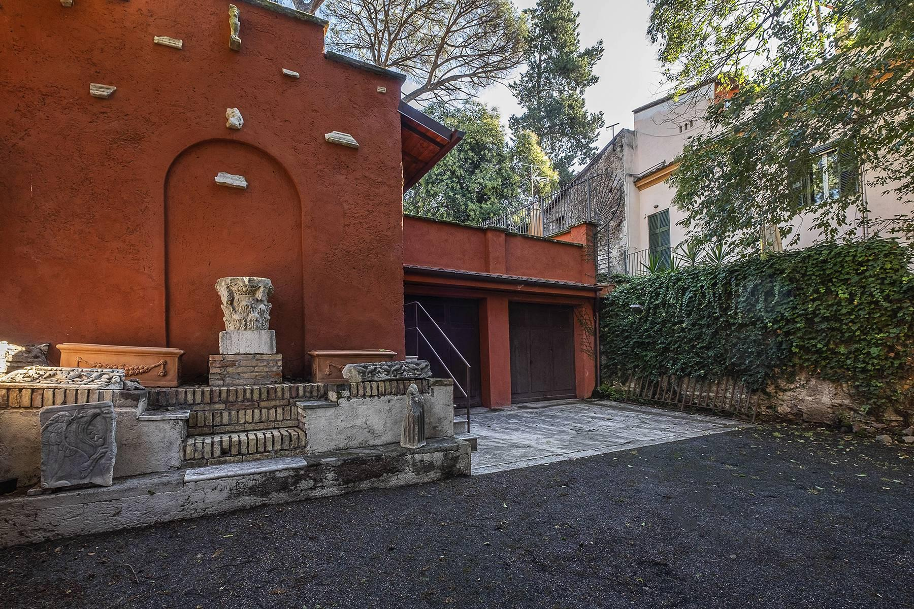 Elegant classical  Villa in the heart of Rome's archaeological ruins - 26