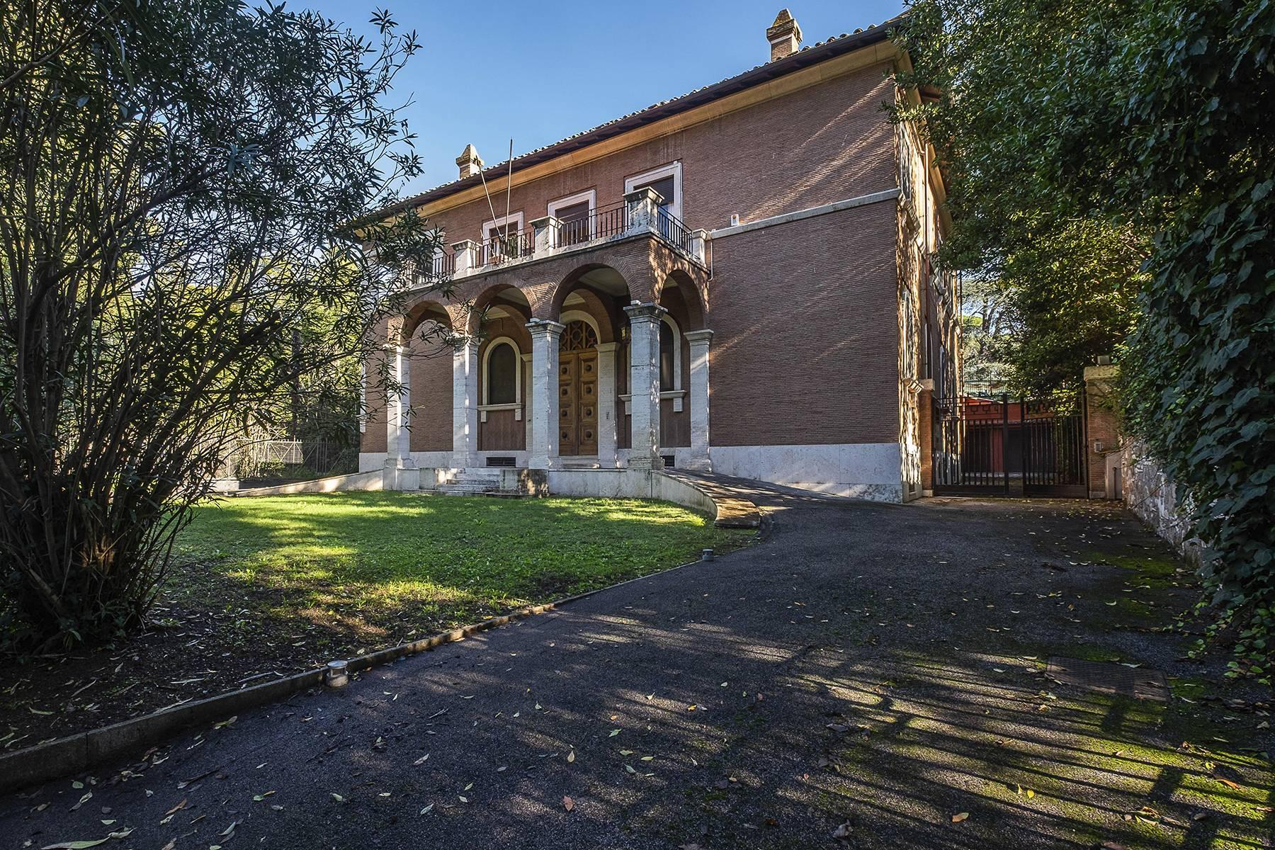 Elegant classical  Villa in the heart of Rome's archaeological ruins - 36