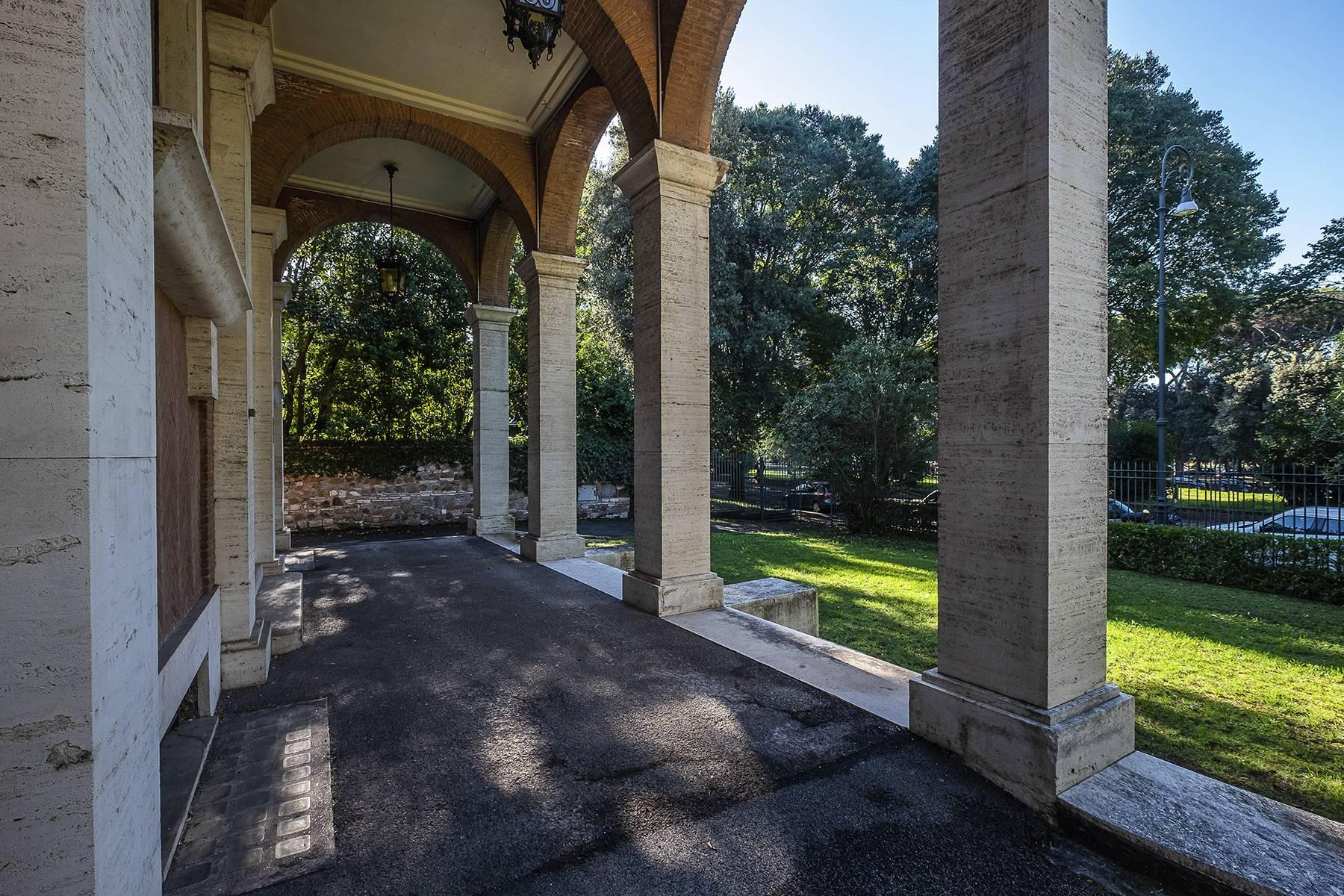 Elegant classical  Villa in the heart of Rome's archaeological ruins - 3