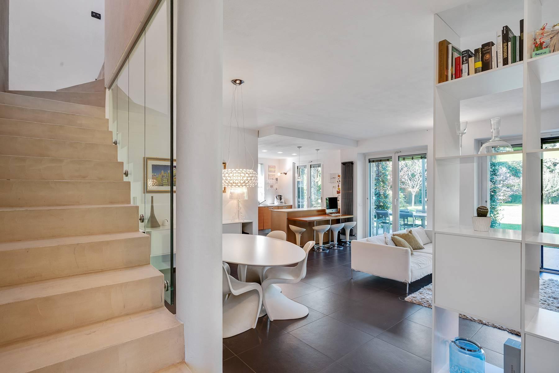 Maison individuelle entièrement rénovée en style moderne - 2