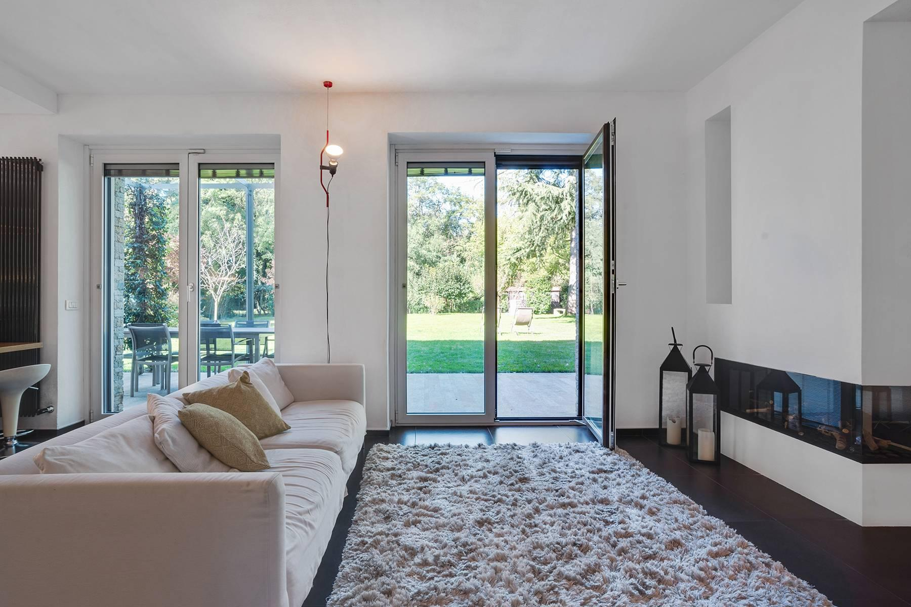 Maison individuelle entièrement rénovée en style moderne - 7
