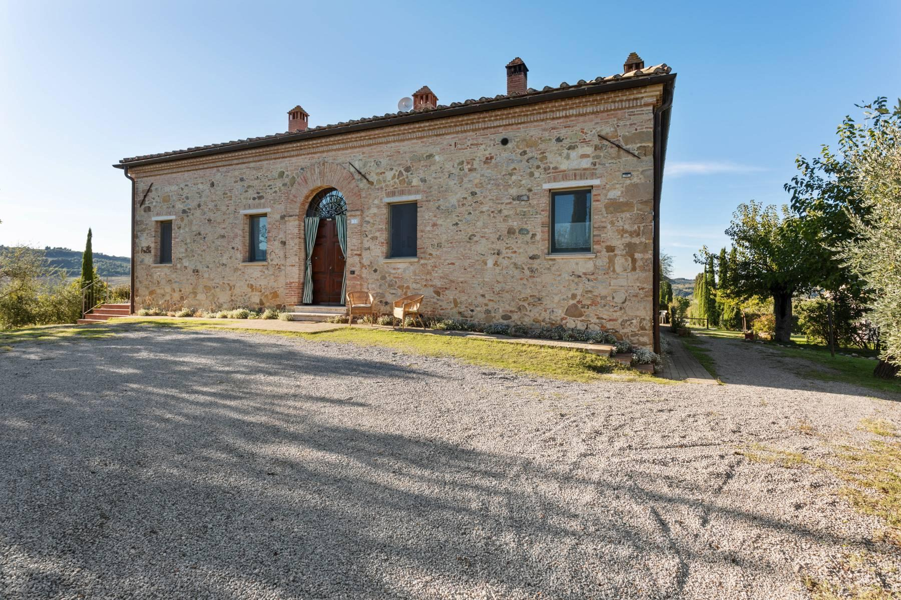 Beautiful country house with agriturismo and vineyard walking distance from Montepulciano - 1